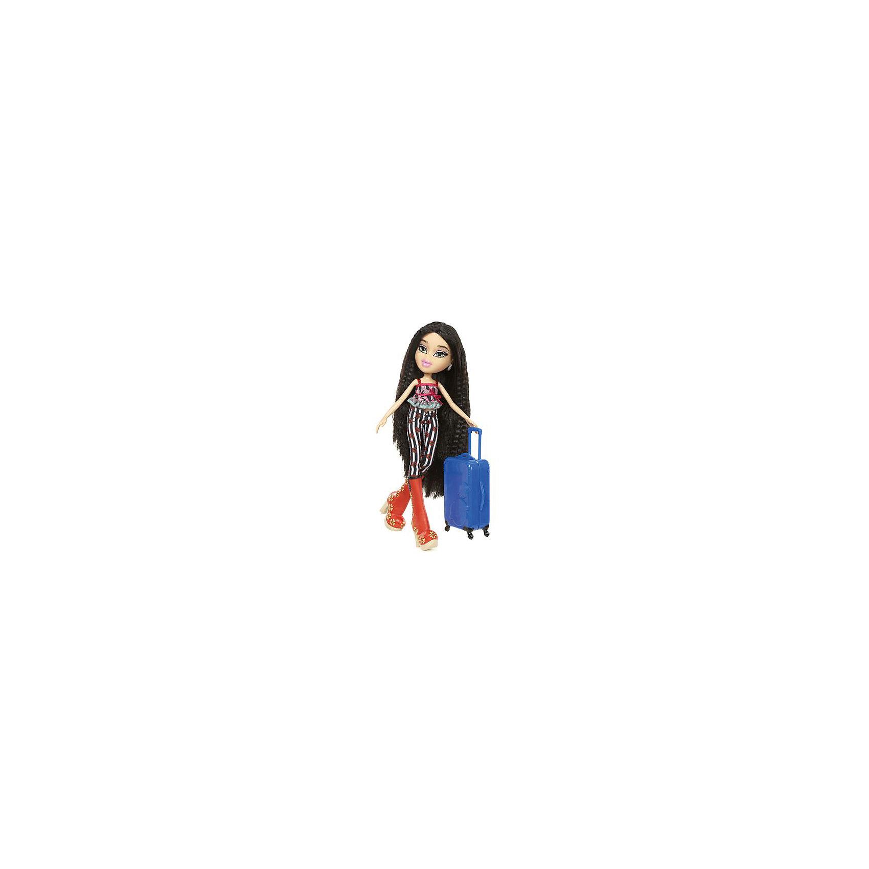 Кукла делюкс Джей, В путешествии, BratzКуклы-модели<br>Характеристики товара:<br><br>- цвет: разноцветный;<br>- материал: пластик, текстиль;<br>- тематика: путешествие по России;<br>- особенности: руки и ноги сгибаются;<br>- комплектация: кукла, два набора одежды, аксессуары, чемодан;<br>- размер упаковки: 26х32х6 см;<br>- размер куклы: 27 см.<br><br>Такие красивые куклы не оставят ребенка равнодушным! Какая девочка откажется поиграть с куклой Bratz?! Игрушка отлично детализирована, очень качественно выполнена, поэтому она станет отличным подарком ребенку. В наборе идут одежда и аксессуары, которыми можно украсить куклу!<br>Изделие произведено из высококачественного материала, безопасного для детей.<br><br>Куклу делюкс Джей, В путешествии от бренда Bratz можно купить в нашем интернет-магазине.<br><br>Ширина мм: 260<br>Глубина мм: 320<br>Высота мм: 60<br>Вес г: 540<br>Возраст от месяцев: 48<br>Возраст до месяцев: 2147483647<br>Пол: Женский<br>Возраст: Детский<br>SKU: 5040285