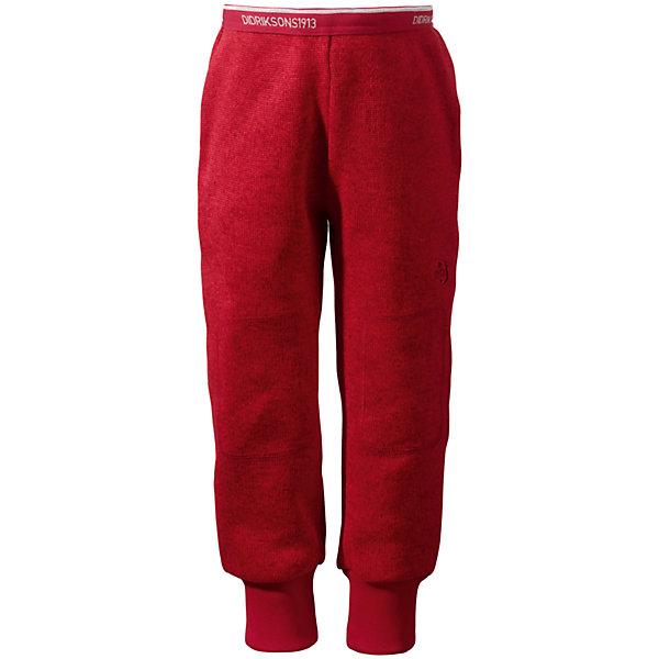 Брюки флисовые Etna DIDRIKSONSФлис и термобелье<br>Характеристики товара:<br><br>• цвет: красный<br>• материал: 100% полиэстер<br>• вязаный флис<br>• манжеты<br>• резинка на поясе<br>• зона коленей укреплена дополнительным слоем ткани<br>• можно надевать под одежду<br>• страна бренда: Швеция<br>• страна производства: Китай<br><br>Такие мягкие брюки сейчас очень популярны у детей! Это не только стильно, но еще и очень комфортно, а также тепло. Качественные флисовые брюки обеспечат ребенку удобство при прогулках и активном отдыхе в прохладные дне, в межсезонье или зимой. Такая модель от шведского производителя легко стирается, подходит под разные погодные условия.<br>Модель сшита из качественной мягкой ткани, которая позволяет телу дышать, она очень приятна на ощупь. Очень стильная и удобная модель! Изделие качественно выполнено, сделано из безопасных для детей материалов. <br><br>Брюки от бренда DIDRIKSONS можно купить в нашем интернет-магазине.<br><br>Ширина мм: 215<br>Глубина мм: 88<br>Высота мм: 191<br>Вес г: 336<br>Цвет: красный<br>Возраст от месяцев: 12<br>Возраст до месяцев: 15<br>Пол: Унисекс<br>Возраст: Детский<br>Размер: 80,130,120,90,100,140,110<br>SKU: 5043974