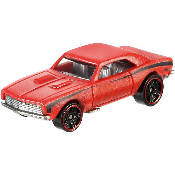 Меняющая цвет машинка COLOR SHIFTERS, Hot WheelsПопулярные игрушки<br>Меняющая цвет машинка COLOR SHIFTERS, Hot Wheels - это миниатюрная копия реального автомобиля Hot Wheels, который выпускается с 1968 года. При ее разработке использовались оригинальные чертежи. Изделие отличается высокой степенью детализации. Корпус модели с эффектной аэрографией выполнен из металла в сочетании с пластиком. А самое главное он может менять цвет и возвращать первоначальный при помощи воды разной температуры. Все материалы безопасны для детского здоровья и отличаются высокой прочностью, благодаря чему машинка не потеряет первоначального вида даже после долгого использования.<br><br>Дополнительная информация:<br><br>- возраст: от 3 лет.<br>- материал: металл, пластик.<br>- размер упаковки: 12*11*3 см.<br>- бренд: Mattel<br>- страна обладатель бренда: США.<br><br>Меняющую цвет машинку COLOR SHIFTERS, Hot Wheels (Хот вилс), можно купить в нашем магазине.<br>Ширина мм: 166; Глубина мм: 126; Высота мм: 32; Вес г: 47; Возраст от месяцев: 36; Возраст до месяцев: 84; Пол: Мужской; Возраст: Детский; SKU: 5047659;