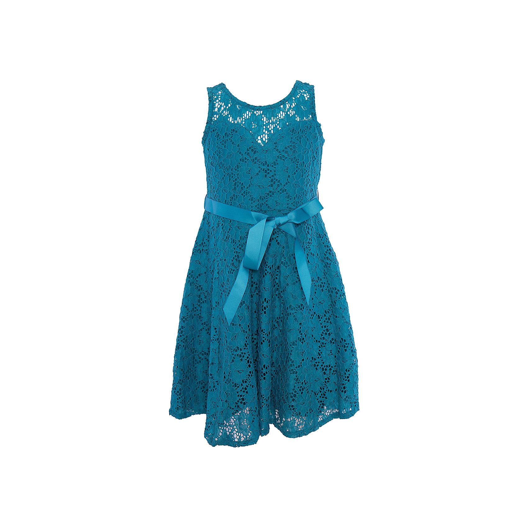 Нарядное платье для девочки LuminosoОдежда<br>Характеристики:<br><br>• Вид одежды: платье<br>• Предназначение: для праздника, торжеств<br>• Сезон: круглый год<br>• Материал: верх – 90% полиэстер, 10% эластан; подкладка – 95% хлопок, 5% эластан<br>• Цвет: цвет морской волны<br>• Силуэт: классический, прямой<br>• Длина: миди<br>• Вырез горловины: круглый<br>• Застежка: молния на спинке<br>• Особенности ухода: ручная стирка без применения отбеливающих средств, глажение при низкой температуре <br><br>Luminoso – это коллекция от известного производителя Sweet Berry, который сочетает в своей одежде функциональность, качество, стиль и следование современным мировым тенденциям в текстильной индустрии для подростков. <br>Кружевное платье для девочки от знаменитого производителя детской одежды Sweet Berry выполнено из полиэстера с хлопковым подкладка<br>ом. Изделие имеет классический прямой силуэт, полочку из кружева с фигурной подкладкой и застежку-молнию на спинке. Платье выполнено в модном оттенке цвета морской волны, в комплекте предусмотрен репсовый пояс. Праздничное платье от Luminoso – это залог успеха вашего ребенка на любом торжестве!<br><br>Платье для девочки Luminoso можно купить в нашем интернет-магазине.<br><br>Ширина мм: 236<br>Глубина мм: 16<br>Высота мм: 184<br>Вес г: 177<br>Цвет: голубой<br>Возраст от месяцев: 144<br>Возраст до месяцев: 156<br>Пол: Женский<br>Возраст: Детский<br>Размер: 158,134,140,146,152,164<br>SKU: 5052035