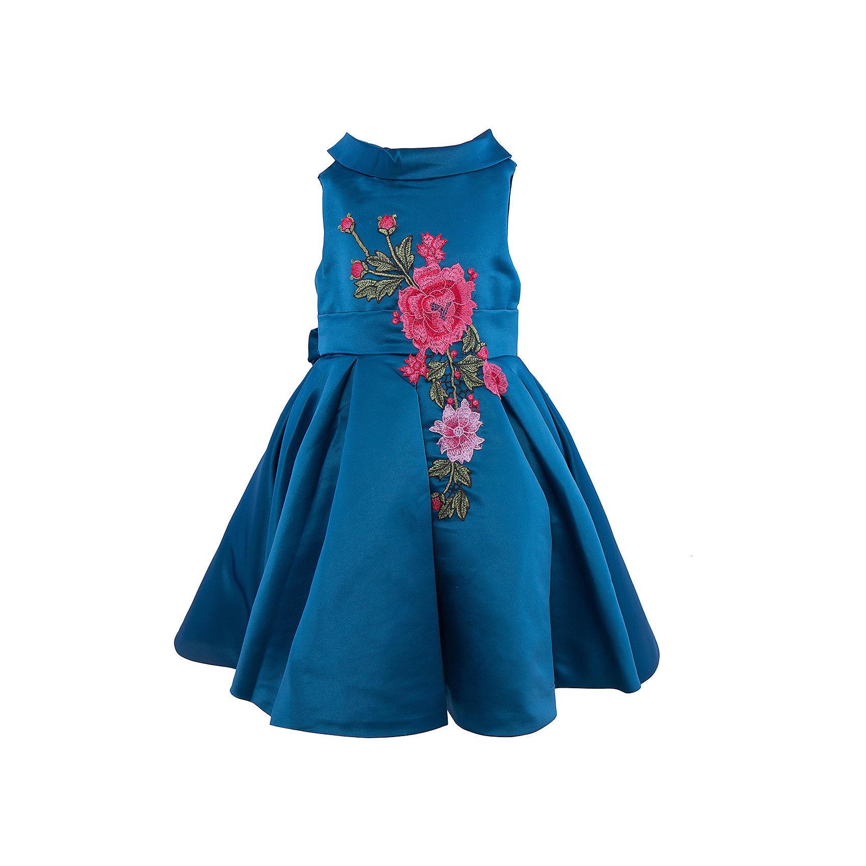 Нарядное платье для девочки Sweet BerryОдежда<br>Характеристики:<br><br>• Вид одежды: платье<br>• Предназначение: для праздника, торжеств<br>• Сезон: круглый год<br>• Материал: верх – 100% полиэстер; подкладка – 100% хлопок<br>• Цвет: сине-изумрудный<br>• Силуэт: классический А-силуэт<br>• Длина платья: миди<br>• Вырез горловины: круглый<br>• Воротник: хомут мягкий<br>• Наличие втачного пояса с декоративным бантом<br>• Застежка: молния на спинке<br>• Платье декорировано вышивкой<br>• Особенности ухода: ручная стирка без применения отбеливающих средств, глажение при низкой температуре <br><br>Sweet Berry – это производитель, который сочетает в своей одежде функциональность, качество, стиль и следование современным мировым тенденциям в детской текстильной индустрии. <br>Платье для девочки от знаменитого производителя детской одежды Sweet Berry выполнено из полиэстера с хлопковой подкладкой. Изделие имеет классический силуэт с отрезной талией и пышной юбкой. Пышность юбке придает подъюбник из сетки. Изделие выполнено из атласной ткани модного сине-изумрудного оттенка с воротником в форме мягкого хомута. Кокетка и юбка декорированы разноцветной вышивкой в форме крупных цветков. У платья имеется втачной пояс, который завязывается сзади на бант. Праздничное платье от Sweet Berry – это залог успеха вашего ребенка на любом торжестве!<br><br>Платье для девочки Sweet Berry можно купить в нашем интернет-магазине.<br><br>Ширина мм: 236<br>Глубина мм: 16<br>Высота мм: 184<br>Вес г: 177<br>Цвет: зеленый<br>Возраст от месяцев: 36<br>Возраст до месяцев: 48<br>Пол: Женский<br>Возраст: Детский<br>Размер: 104,98,110,116,122,128<br>SKU: 5052105