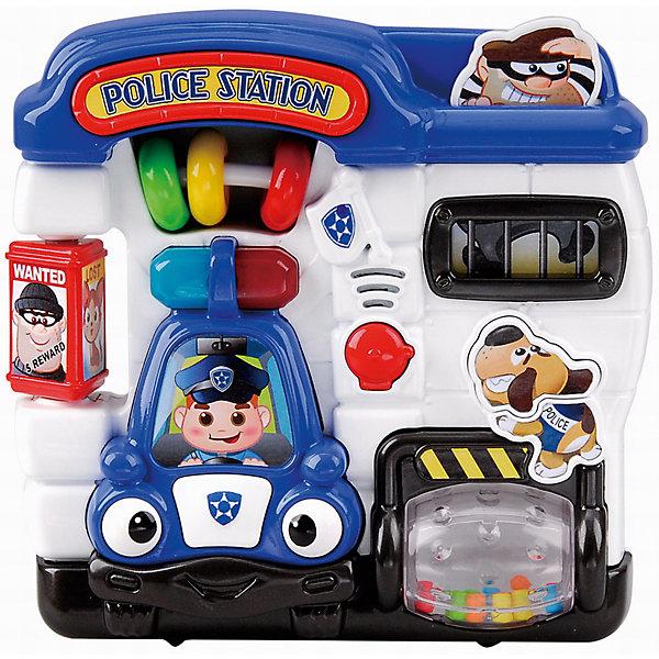 Развивающая игрушка Полицейский участок, PlaygoРазвивающие центры<br>Развивающая игрушка Полицейский участок, Playgo<br><br>Характеристики:<br>- Материал: пластик<br>- В комплект входит: игрушка, батарейки 2шт. <br>- Элементы питания: батарейки АА<br>- Размер упаковки: 20 * 5,5 * 21 см.<br>- Вес: 430 гр.<br>Полицейский участок от известного китайского бренда развивающих игрушек для детей Playgo (Плейго) станет прекрасным подарком для крохи. Полицейские, полицейская машина и полицейская собака научат малыша храбрости и покажут как быть настоящим героем. Барабан с нарисованными желтыми полосками крутится, а внутри цветные шарики. Бандита можно посадить в тюрьму, нажав на него. А слева имеется полицейский стенд с объявленными преступниками и пропавшей девочкой. Передвижные колечки в центре понравятся малышу, а нажимая на кнопочки можно послушать песенки и услышать разные звуки по теме. Изготовленная из качественного пластика, яркая игрушка поможет развить тактильные ощущения, звуковое восприятие, воображение, световое восприятие и моторику ручек. Небольшой размер позволит брать веселую игрушку на прогулку или в поездку.<br>Развивающую игрушку Полицейский участок, Playgo (Плейго) можно купить в нашем интернет-магазине.<br>Подробнее:<br>• Для детей в возрасте: от 6 до 24 месяцев <br>• Номер товара: 5054060<br>Страна производитель: Китай<br>Ширина мм: 210; Глубина мм: 200; Высота мм: 55; Вес г: 430; Возраст от месяцев: 6; Возраст до месяцев: 24; Пол: Унисекс; Возраст: Детский; SKU: 5054060;