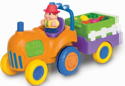 Развивающий игровой центр - трактор с овощами, Kiddieland