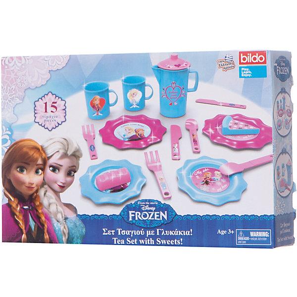 Набор посуды для чая Холодное сердце малый, BildoТрансформеры-игрушки<br>Набор посуды для чая Холодное сердце малый, Bildo.<br><br>Характеристики:<br><br>- В наборе: 2 кружки, 2 ложки, 2 ножа, 2 вилки, 4 тарелочки, чайник с крышкой, кусочек торта, пирожное<br>- Материал: пластик<br><br>Набор посуды для чая Холодное сердце станет основой для интересной сюжетной игры, в ходе которой дети смогут развить свою фантазию и воображение. Набор идеально подойдет для игры в дочки-матери, гостей или кухню. Можно пригласить на полдник своих подружек или любимых кукол. Играя, девочка научится базовым правилам этикета и сервировки стола. Элементы набора выполнены в голубом и розовом цвете и дополнены декоративными наклейками. Набор изготовлен из качественного безопасного пластика.<br><br>Набор посуды для чая Холодное сердце малый, Bildo можно купить в нашем интернет-магазине.<br>Ширина мм: 500; Глубина мм: 350; Высота мм: 90; Вес г: 300; Возраст от месяцев: 36; Возраст до месяцев: 60; Пол: Женский; Возраст: Детский; SKU: 5054121;