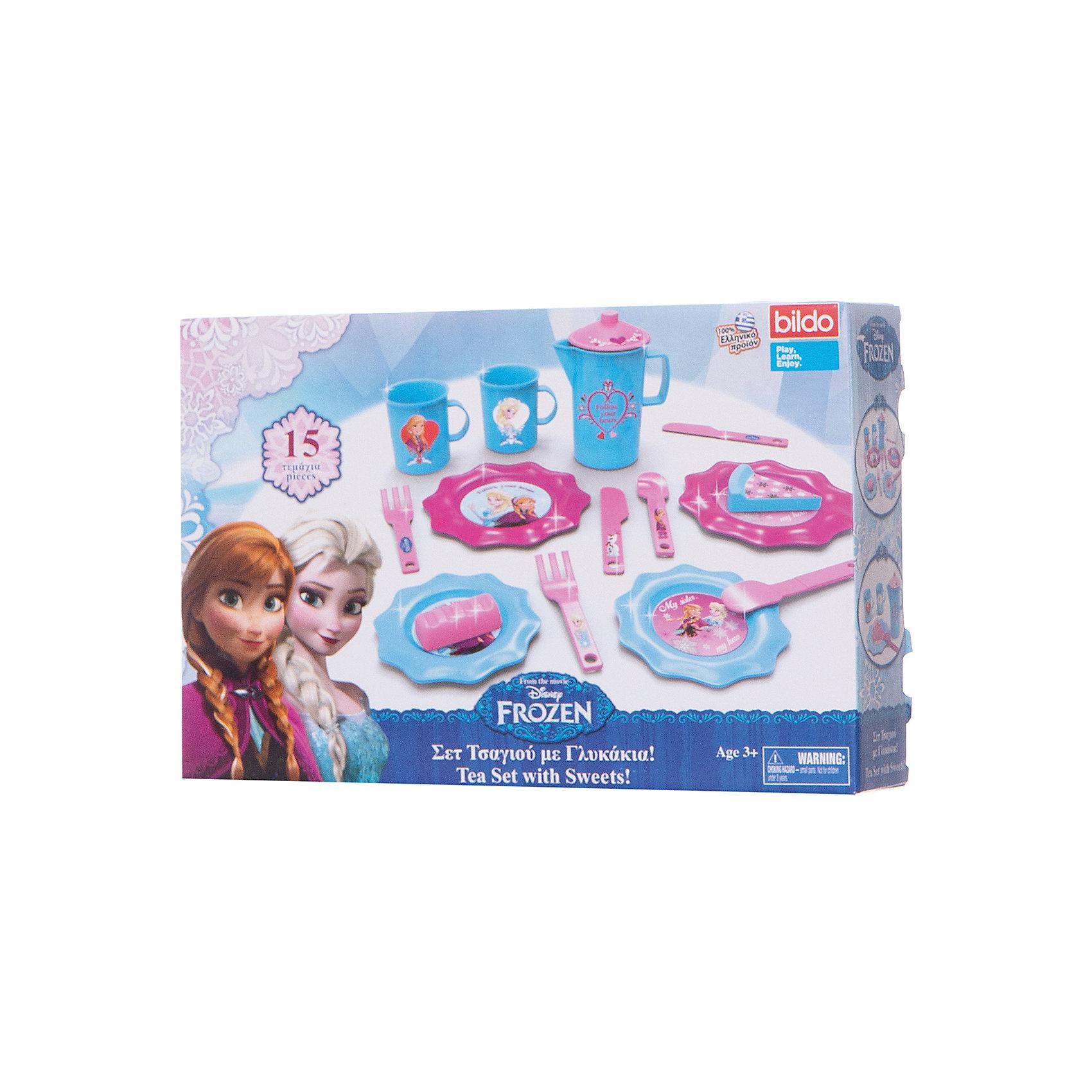 Набор посуды для чая Холодное сердце малый, BildoТрансформеры-игрушки<br>Набор посуды для чая Холодное сердце малый, Bildo.<br><br>Характеристики:<br><br>- В наборе: 2 кружки, 2 ложки, 2 ножа, 2 вилки, 4 тарелочки, чайник с крышкой, кусочек торта, пирожное<br>- Материал: пластик<br><br>Набор посуды для чая Холодное сердце станет основой для интересной сюжетной игры, в ходе которой дети смогут развить свою фантазию и воображение. Набор идеально подойдет для игры в дочки-матери, гостей или кухню. Можно пригласить на полдник своих подружек или любимых кукол. Играя, девочка научится базовым правилам этикета и сервировки стола. Элементы набора выполнены в голубом и розовом цвете и дополнены декоративными наклейками. Набор изготовлен из качественного безопасного пластика.<br><br>Набор посуды для чая Холодное сердце малый, Bildo можно купить в нашем интернет-магазине.<br><br>Ширина мм: 500<br>Глубина мм: 350<br>Высота мм: 90<br>Вес г: 300<br>Возраст от месяцев: 36<br>Возраст до месяцев: 60<br>Пол: Женский<br>Возраст: Детский<br>SKU: 5054121