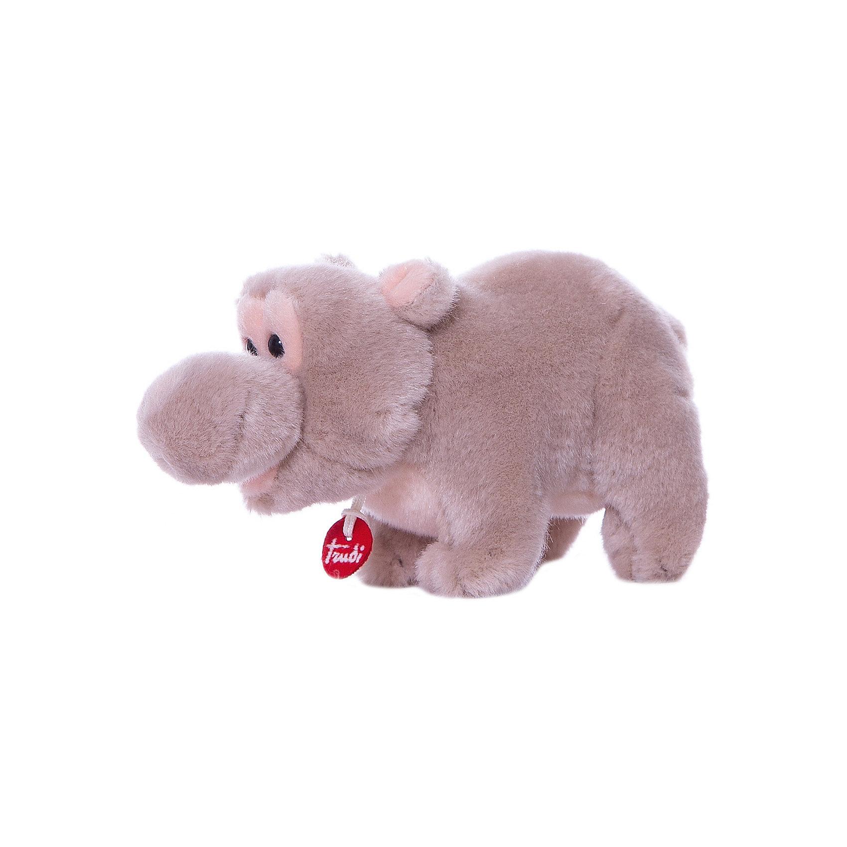Бегемотик, 15 см, TrudiМягкие игрушки животные<br>Милый бегемотик от Trudi очарует и детей, и взрослых! Мягкая шерстка бегемотика очень приятна на ощупь. С ним будет очень весело играть днем, придумывая разные истории, и спокойно и уютно засыпать ночью. Игрушка изготовлена из высококачественных нетоксичных гипоаллергенных материалов абсолютно безопасных для самых маленьких детей.<br><br>Дополнительная информация:<br><br>- Материал: пластик, текстиль, искусственный мех. <br>- Высота: 15 см. <br>- Допускается машинная стирка при деликатной режиме (30 ?).<br><br>Бегемотика, 15 см, Trudi (Труди), можно купить в нашем магазине.<br><br>Ширина мм: 95<br>Глубина мм: 130<br>Высота мм: 140<br>Вес г: 100<br>Возраст от месяцев: 12<br>Возраст до месяцев: 2147483647<br>Пол: Унисекс<br>Возраст: Детский<br>SKU: 5055246