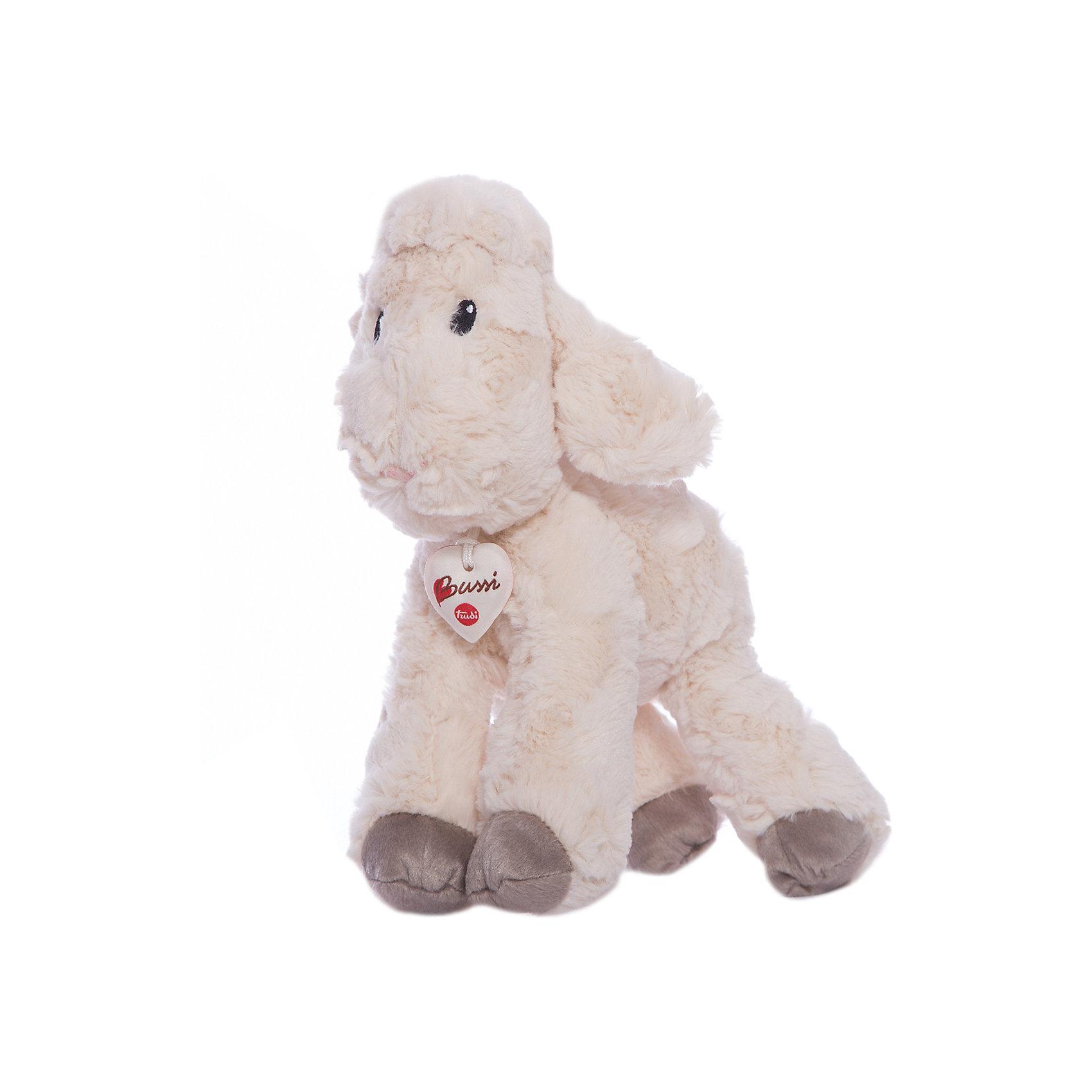Белая овечка, 38 см, TrudiЗвери и птицы<br>Очаровательная овечка от Trudi станет лучшим другом вашему малышу! У милой овечки очень мягкая шерстка, маленький розовый носик, добрые озорные глаза - с ней будет очень весело играть днем и спокойно и уютно засыпать ночью. Игрушка изготовлена из высококачественных нетоксичных, экологичных материалов абсолютно безопасных для детей. Благодаря тщательной проработке всех деталей, кошка выглядит очень реалистично, что, несомненно, порадует ребенка. Прекрасный подарок на любой праздник!<br><br>Дополнительная информация:<br><br>- Материал: плюш, пластик, текстиль, искусственный мех. <br>- Высота: 38 см. <br>- Допускается машинная стирка при деликатной режиме (30 ?).<br><br>Белую овечку, 38 см, Trudi (Труди), можно купить в нашем магазине.<br><br>Ширина мм: 280<br>Глубина мм: 250<br>Высота мм: 380<br>Вес г: 250<br>Возраст от месяцев: 12<br>Возраст до месяцев: 2147483647<br>Пол: Унисекс<br>Возраст: Детский<br>SKU: 5055250