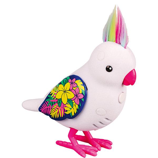Интерактивная птичка, белая с блестящими крыльями, Little Live PetsИнтерактивные животные<br>Интерактивная птичка, белая с блестящими крыльями, Little Live Pets (Литтл лайв петс) от австралийского бренда Moose (Мус). Новая яркая игрушка – птичка, очень приятна на ощупь, ее тельце как будто сделано из бархата. Лапки сделаны как настоящие с небольшим рифлением и изгибами. Красивый хохолок птички отлично сочетается с яркими крылышками. Птичка может щебетать до тридцати собственных мелодий, и щебечет от поглаживания по спинке. Движения клювиком совпадают с щебетанием птички, что выглядит очень правдоподобно. Нажав на кнопку на грудке птички и дождавшись двойного щебета, птичка станет учить вашу фразу или мелодию. Фраза воспроизводится модифицированным голосом птички, что тоже выглядит очень правдоподобно. С птичкой можно придумать много игр и почувствовать, будто дома появился новый домашний питомец. Игрушка поможет развить воображение и творческие навыки. <br><br>Дополнительная информация:<br><br>- В комплект входит: 1 птичка в блистере<br>- Состав: пластик, флок<br>- Элементы питания: 2 батарейки типа ААА (в комплекте отсутствуют)<br>- 30 различных стилей щебетания<br>- Можно записывать свои фразы<br>- Параметры упаковки: 22 * 5 * 14 см. <br><br><br>Интерактивную птичку, белая с блестящими крыльями, Little Live Pets (Литтл лайв петс), Moose (Мус) можно купить в нашем интернет-магазине.<br>Подробнее:<br>• Для детей в возрасте: от 5 до 8 лет <br>• Номер товара: 5055290<br>Страна производитель: Китай<br><br>Ширина мм: 219<br>Глубина мм: 139<br>Высота мм: 55<br>Вес г: 135<br>Возраст от месяцев: 60<br>Возраст до месяцев: 108<br>Пол: Унисекс<br>Возраст: Детский<br>SKU: 5055290