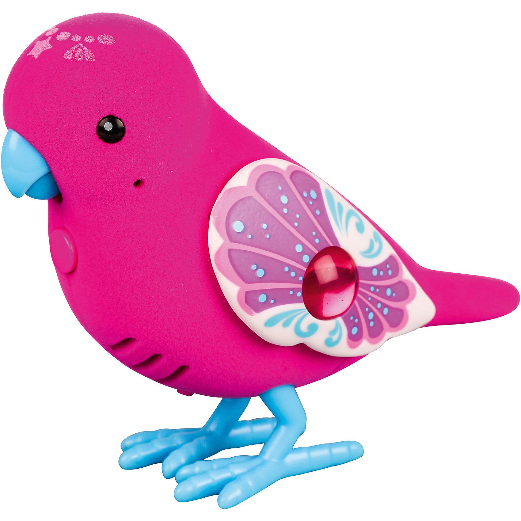 Интерактивная птичка, красная с голубыми лапками, Little Live PetsИнтерактивная птичка красная с голубыми лапками, Little Live Pets (Литтл лайв петс) от австралийского бренда Moose (Мус). Новая нежная игрушка – птичка, очень приятна на ощупь, ее тельце как будто сделано из бархата. Лапки сделаны как настоящие с небольшим рифлением и изгибами. Яркие крылышки отлично подходят к насыщенному красному цвету птички и яркому клювику. Птичка может щебетать до тридцати собственных мелодий, и щебечет от поглаживания по спинке. Движения клювиком совпадают с щебетанием птички, что выглядит очень правдоподобно. Нажав на кнопку на грудке птички и дождавшись двойного щебета, птичка станет учить вашу фразу или мелодию. Фраза воспроизводится модифицированным голосом птички, что тоже выглядит очень правдоподобно. С птичкой можно придумать много игр и почувствовать, будто дома появился новый домашний питомец. Игрушка поможет развить воображение и творческие навыки. <br><br>Дополнительная информация:<br><br>- В комплект входит: 1 птичка в блистере<br>- Состав: пластик, флок<br>- Элементы питания: 2 батарейки типа ААА (в комплекте отсутствуют)<br>- 30 различных стилей щебетания<br>- Можно записывать свои фразы<br>- Параметры упаковки: 22 * 5 * 14 см. <br><br><br>Интерактивную птичку, красная с голубыми лапками, Little Live Pets (Литтл лайв петс), Moose (Мус) можно купить в нашем интернет-магазине.<br>Подробнее:<br>• Для детей в возрасте: от 5 до 8 лет <br>• Номер товара: 5055294<br>Страна производитель: Китай<br><br>Ширина мм: 55<br>Глубина мм: 140<br>Высота мм: 220<br>Вес г: 150<br>Возраст от месяцев: 60<br>Возраст до месяцев: 120<br>Пол: Унисекс<br>Возраст: Детский<br>SKU: 5055294