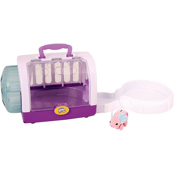 Интерактивная мышка в домике, розовая, Little Live PetsИнтерактивные игрушки для малышей<br>Интерактивная мышка в домике, розовая, Little Live Pets (Литтл лайв петс) от австралийского бренда Moose (Мус). Новая нежная игрушка – мышка, очень приятна на ощупь, ее тельце как будто сделано из бархата. Лапки сделаны в виде колесиков, которые позволяют мышке бегать. Красивые большие ушки мышки отлично сочетаются с рисунками на спинке и хвостиком. Мышка может пищать и издавать интересные звуки, если ее поглаживать по спинке. Передвигаясь по домику мышка вдет себя совсем как настоящая, она может выбегать и бегать по кругу, или забежать на колесо и бегать в колесе, или встать лапками на стенку и проситься к хозяйке. Удобная ручка позволит взять мышку с собой в поездку или в гости. С мышкой можно придумать много игр и почувствовать, будто дома появился новый домашний питомец.<br><br>Дополнительная информация:<br><br>- В комплект входит: 1 мышка, домик-переноска<br>- Состав: пластик, флок<br>- Элементы питания: 3 батарейки AG13 (LR44) (имеются в комплекте)<br>- Умеет пищать<br><br>Интерактивную мышку в домике, розовая, Little Live Pets (Литтл лайв петс), Moose (Мус) можно купить в нашем интернет-магазине.<br>Подробнее:<br>• Для детей в возрасте: от 5 до 8 лет <br>• Номер товара: 5055300<br>Страна производитель: Китай<br>Ширина мм: 170; Глубина мм: 235; Высота мм: 190; Вес г: 770; Возраст от месяцев: 60; Возраст до месяцев: 120; Пол: Унисекс; Возраст: Детский; SKU: 5055300;