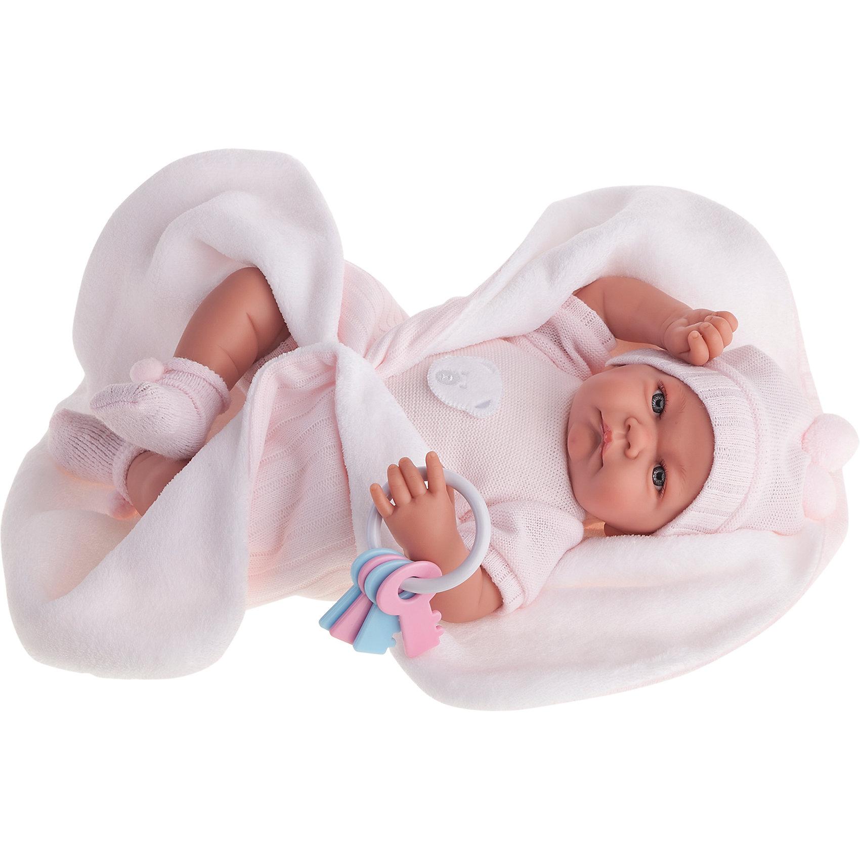 Кукла Фернанда в розовом, 40 см, Munecas Antonio JuanБренды кукол<br>Кукла Фернанда в розовом, 40 см, Munecas Antonio Juan (Мунекас Антонио Хуан).<br><br>Характеристики:<br><br>- Комплектация: кукла в одежде, одеяло, погремушка-ключики<br>- Материал: винил, текстиль<br>- Высота куклы: 40 см.<br>- Глаза не закрываются<br>- Интерактивные функции куклы: нажмите на животик: - 1 раз - кукла засмеется, 2ой раз - кукла скажет мама, 3ий раз - скажет папа<br>- Батарейки: 3 x AG13 / LR44 (входят в комплект)<br>- Упаковка: яркая подарочная коробка<br><br>Малышка Фернанда невероятно похожа на настоящего младенца. Анатомическая точность, с которой выполнена кукла, поражает! Выразительные глазки, маленький носик, нежные щечки, пухлые губки, милые «перевязочки» на ручках и ножках придают кукле реалистичный вид и вызывают только самые положительные и добрые эмоции. Фернанда одета в розовый костюмчик с аппликацией в виде мишки, дополненного шапочкой с помпончиками, на ногах - мягкие пинетки с помпончиками. В комплекте также предусмотрена одеяло и погремушка с разноцветными ключиками, нанизанными на колечко. Кукла оснащена звуковым модулем, если нажать на животик Фернанда засмеется или позовет маму или папу. Тельце у куклы мягко-набивное, голова, ручки и ножки сделаны из высококачественного винила. Голова, ручки и ножки подвижны. Кукла изготовлена из высококачественных и экологически чистых материалов, поэтому безопасна для детей любого возраста, соответствует всем нормам и требованиям к качеству детских товаров. Образы малышей Мунекас разработаны известными европейскими дизайнерами. Они натуралистичны, анатомически точны.<br><br>Куклу Фернанда в розовом, 40 см, Munecas Antonio Juan (Мунекас Антонио Хуан) можно купить в нашем интернет-магазине.<br><br>Ширина мм: 50<br>Глубина мм: 26<br>Высота мм: 16<br>Вес г: 1650<br>Возраст от месяцев: 36<br>Возраст до месяцев: 2147483647<br>Пол: Женский<br>Возраст: Детский<br>SKU: 5055417