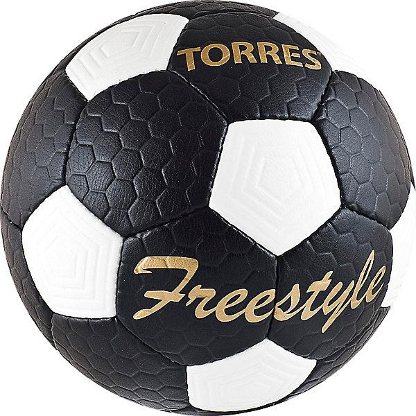 Футбольный мяч Free Style  p.5, TORRESМячи детские<br>Основные характеристики<br><br>Тип: футбольный<br>Размер: 5 <br>Окружность: 68-70см<br>Количество панелей: 32<br>Количество подкладочных слоев: 4<br>Вес: 410-450гр<br>Материалы камеры: латексная<br>Материал покрышки: матовый полиуретан<br>Тип соединения панелей: ручная сшивка<br>Цвет основной: черный<br>Цвет дополнительный: белый, золотой<br>Вид применения: тренировочный уровень игры в футбол<br>Подходит для игры на любых поверхностях в любых погодных условиях (при соблюдении условий эксплуатации и ухода)<br>Страна-производитель: Пакистан<br>Упаковка: полиэтиленовый пакет (поставляется в сдутом виде)<br><br>Классический черно-белый футбольный мяч с панелями из рифленой синтетической кожи, устойчивой к трению и износу.<br>Ширина мм: 223; Глубина мм: 223; Высота мм: 75; Вес г: 430; Возраст от месяцев: 36; Возраст до месяцев: 192; Пол: Унисекс; Возраст: Детский; SKU: 5056648;