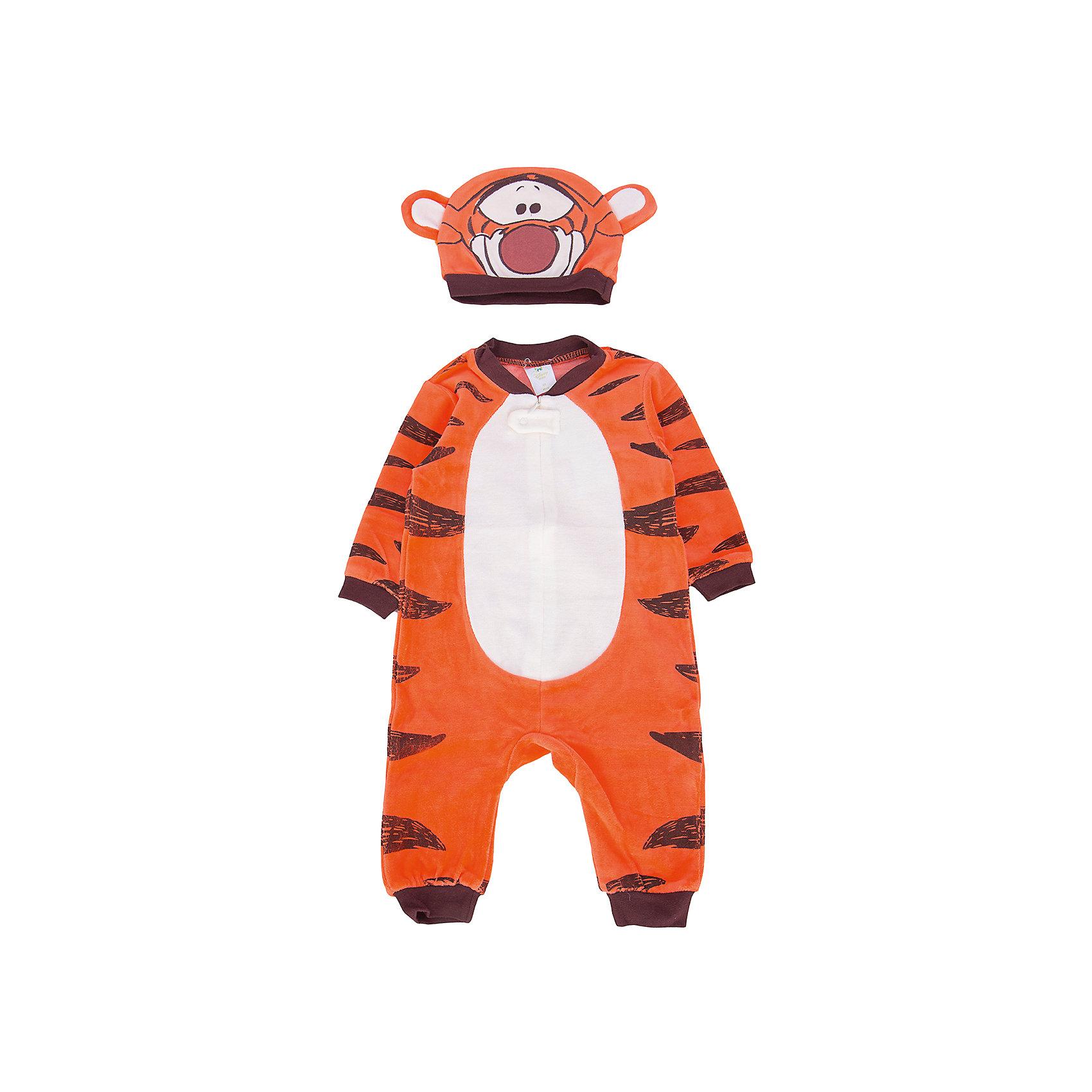 Карнавальный костюм для мальчика PlayTodayКарнавальный костюм для мальчика от известного бренда PlayToday.<br>Велюровый комбинезон.<br><br>Полноценный наряд Тигры из мультфильма Винни-Пух, не уступающий обычным комбинезонам  по функциональности. <br><br>Застегивается на молнию и кнопку спереди, чтобы его удобно было надевать. Рукава и низ на мягкой резинке. <br><br>Модель дополнена шапкой с изображением мордочки Тигры и декоративными ушками.<br>Состав:<br>80% хлопок, 20% полиэстер<br><br>Ширина мм: 157<br>Глубина мм: 13<br>Высота мм: 119<br>Вес г: 200<br>Цвет: оранжевый<br>Возраст от месяцев: 3<br>Возраст до месяцев: 6<br>Пол: Мужской<br>Возраст: Детский<br>Размер: 68,92,86,80,74<br>SKU: 5059471