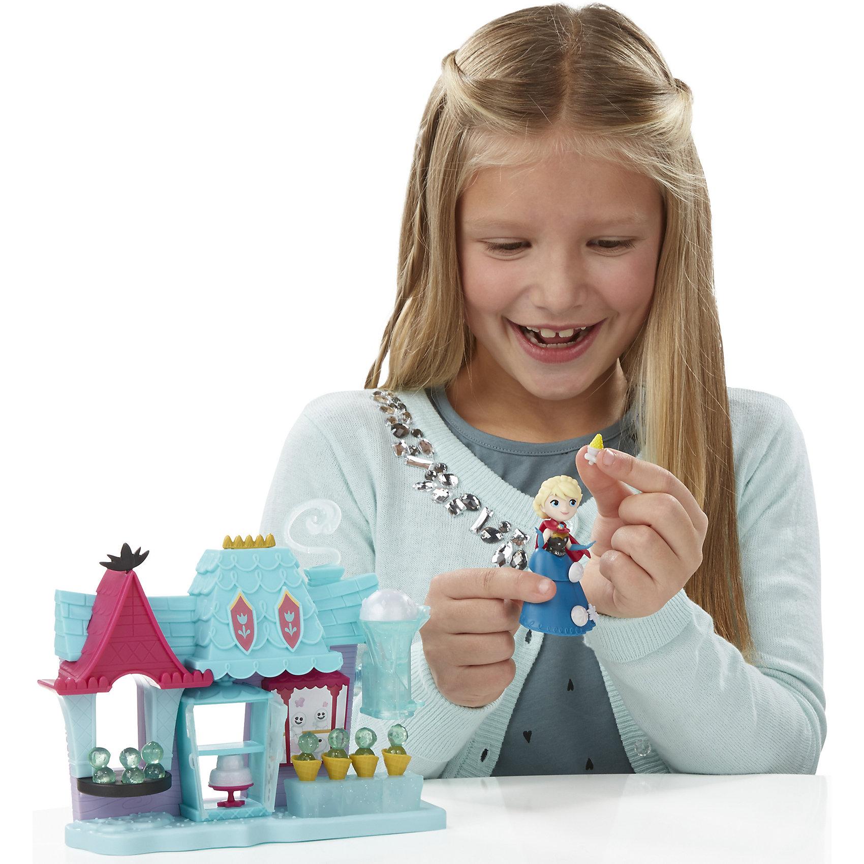 Игровой набор Маленькие куклы Эльза и магазин сладостей,  Холодное сердцеМини-куклы<br>Игровой набор Маленькие куклы, Холодное сердце, B5194/B5195.<br><br>Характеристики:<br><br>- В наборе: фигурка Эльзы, станция для приготовления мороженного; маленькие ледяные сиденья; рожки с мороженым; угощенья изо льда; стулья; дополнительные аксессуары, которые можно прикреплять для украшения наряда Эльзы<br>- Материал: высококачественная пластмасса<br>- Размер упаковки: 6,3х30,5х22,8 см.<br><br>Набор Эльза и магазин сладостей Эренедела от торговой марки Hasbro (Хасбро) станет отличным подарком девочке в возрасте от 4 лет. В комплект входит магазин с мороженым и фигурка принцессы. Магазин таит в себе много сюрпризов. В нем предусмотрен холодильник с полочками, подоконник с подставкой для шариков мороженого и специальное приспособление для изготовления рожков с холодным десертом. Эльза сможет создавать ледяные пирожные, шарики нежнейшего мороженого, помещенные в вафельные стаканчики, а также торт, украшенный в стиле морозной принцессы. Фигурку Эльзы можно украсить с помощью дополнительных аксессуаров. Все детали набора выполнены из прочной нетоксичной пластмассы. Набор Эльза и магазин сладостей Эренделла непременно порадует вашу маленькую принцессу и подарит ей массу положительных эмоций.<br><br>Игровой набор Маленькие куклы, Холодное сердце, B5194/B5195 можно купить в нашем интернет-магазине.<br><br>Ширина мм: 303<br>Глубина мм: 225<br>Высота мм: 1400<br>Вес г: 356<br>Возраст от месяцев: 48<br>Возраст до месяцев: 96<br>Пол: Женский<br>Возраст: Детский<br>SKU: 5064695