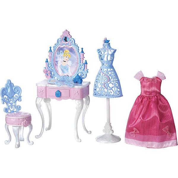 Игровой набор туалетный столик Золушки, Принцессы Дисней, B5309/B5311Мебель для кукол<br>Игровой набор, Принцессы Дисней, B5309/B5311.<br><br>Характеристики:<br><br>- В наборе: туалетный столик; стульчик; манекен; расческа; пудра; флакон духов; платье<br>- Кукла не входит в комплект<br>- Материал: высококачественный пластик, текстиль<br>- Размер упаковки: 8,1х30,5х25,4 см.<br>- Вес упаковки: 494 г.<br><br>Волшебный туалетный столик для очаровательной диснеевской принцессы Золушки позволит девочке воссоздать любимые моменты из популярного мультфильма. Столик окрашен в яркие розовый, голубой и белый цвета, а его декоративные элементы создают впечатление воздушности и шика. Ящичек столика открывается, в него можно положить небольшие предметы. Зеркало вращается, и в нем можно увидеть счастливое лицо Золушки. Изящный стульчик, манекен, расческа, пудра, флакон духов и нарядное розовое платье для Золушки - все, что нужно принцессе, чтобы выглядеть на балу просто сногсшибательно! Все элементы набора изготовлены из высококачественных материалов.<br><br>Игровой набор, Принцессы Дисней, B5309/B5311 можно купить в нашем интернет-магазине.<br>Ширина мм: 80; Глубина мм: 305; Высота мм: 250; Вес г: 481; Возраст от месяцев: 36; Возраст до месяцев: 144; Пол: Женский; Возраст: Детский; SKU: 5064702;