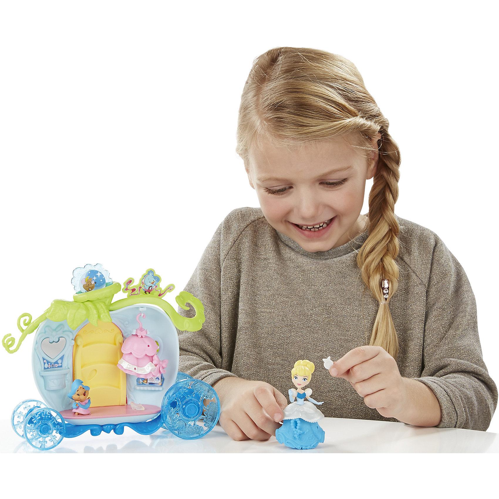 Игровой набор Маленькая кукла Принцесса, с аксессуарами ЗолушкаМини-куклы<br>Игровой набор Маленькая кукла Принцесса, с аксессуарами, B5344/B5345.<br><br>Характеристики:<br><br>- В наборе: кукла Золушки; карета; фигурка мышонка; дополнительный наряд; 5 аксессуаров<br>- Материал: высококачественный пластик<br>- Высота куклы: 7,5 см.<br>- Размер упаковки: 6,6х30,5х22,9 см.<br><br>Подготовьте Золушку к самому важному в ее жизни балу с набором Маленькая кукла Принцесса, с аксессуарами! Заколдованная карета в форме тыквы снабжена вращающимися колесами, открывающейся дверцей и откидывающейся подножкой - при открытии дверцы подножка откидывается автоматически, позволяя принцессе изящно впорхнуть в карету. В наборе есть небольшая вешалка для сменного платьица Принцессы, красивые аксессуары, а также любимый питомец - Гас. Куколка, входящая в набор, относится к целой серии игрушек под названием Disney Princess Little Kingdom, поэтому имеет небольшой размер - всего 7,5 см. Не смотря на это, у нее красивый дизайн, а также превосходная детализация! Кукла может сидеть и стоять. Данный набор еще интересен и тем, что в платье куколки есть крохотные дырочки, в которые ребенок сможет прикрепить красивые тематические аксессуары из набора. Игровой набор изготовлен из качественного, нетоксичного пластика.<br><br>Игровой набор Маленькая кукла Принцесса, с аксессуарами, B5344/B5345 можно купить в нашем интернет-магазине.<br><br>Ширина мм: 65<br>Глубина мм: 305<br>Высота мм: 1400<br>Вес г: 415<br>Возраст от месяцев: 48<br>Возраст до месяцев: 96<br>Пол: Женский<br>Возраст: Детский<br>SKU: 5064707