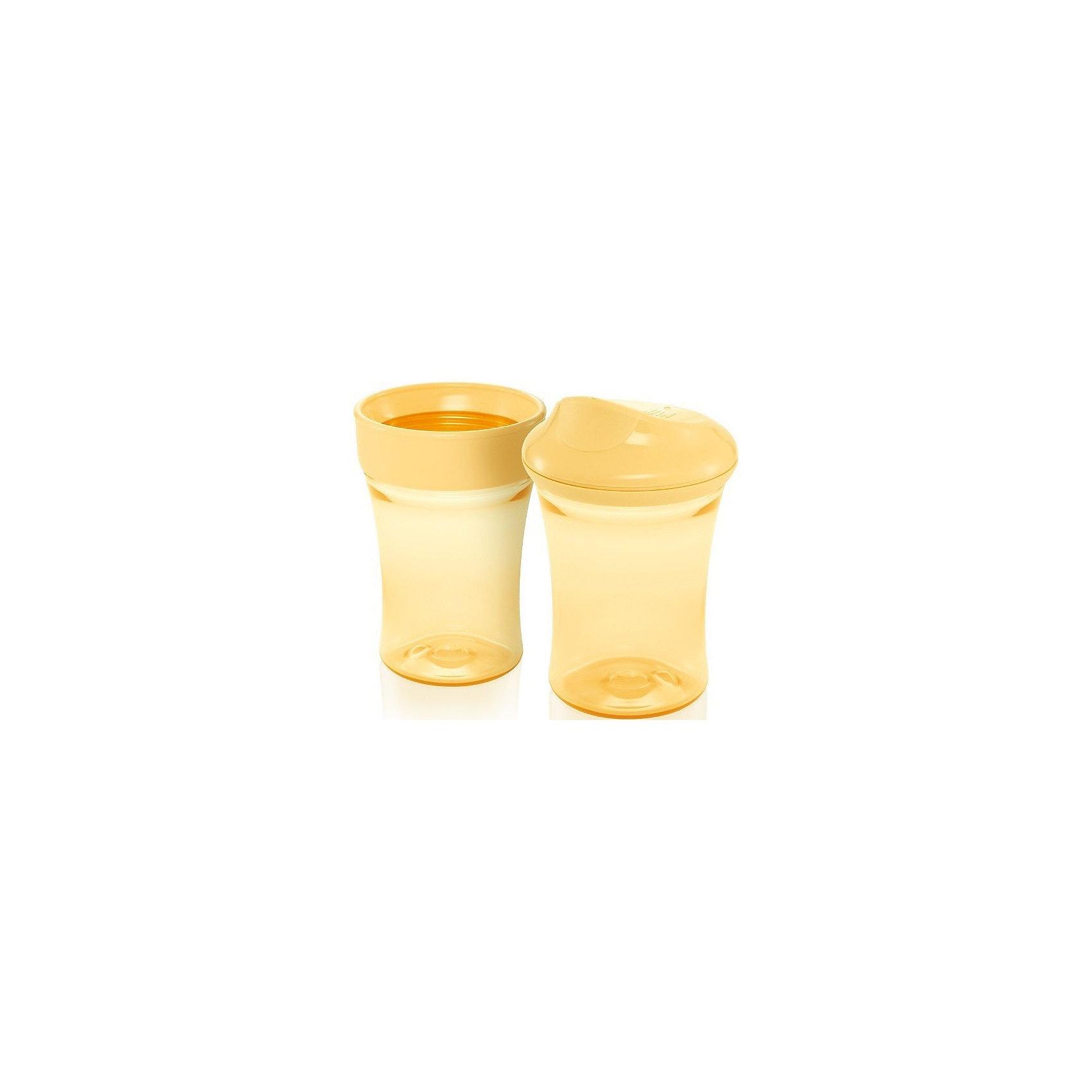 Поильник 3 с пластиковой насадкой 2 в 1 Easy Learning 275 мл. с 14 мес., NUK, желтыйХарактеристики изделия:<br><br>- объем: 275 мл;<br>- цвет: желтый;<br>- материал: полипропилен;<br>- широкое горло;<br>- удобная форма;<br>- ручки;<br>- возраст: от 14 месяцев;<br>- клапаны от протекания.<br><br>Детские товары существенно облегчают жизнь молодым мамам. Существует множество полезных в период материнства вещей. К таким относится обыкновенная пластиковая бутылочка-поильник. <br>Данная модель оптимально подходит для детей, которые учатся пить самостоятельно. Предмет удобно держать. Поильник легко очищается от любых поверхностных загрязнений, так как имеет удобное широкое горлышко. Оптимальный объем позволит брать поильник в дорогу.<br><br>Поильник 3 с пластиковой насадкой 2 в 1 Easy Learning от производителя NUK можно купить в нашем магазине.<br><br>Ширина мм: 135<br>Глубина мм: 65<br>Высота мм: 162<br>Вес г: 170<br>Возраст от месяцев: 14<br>Возраст до месяцев: 2147483647<br>Пол: Унисекс<br>Возраст: Детский<br>SKU: 5065254