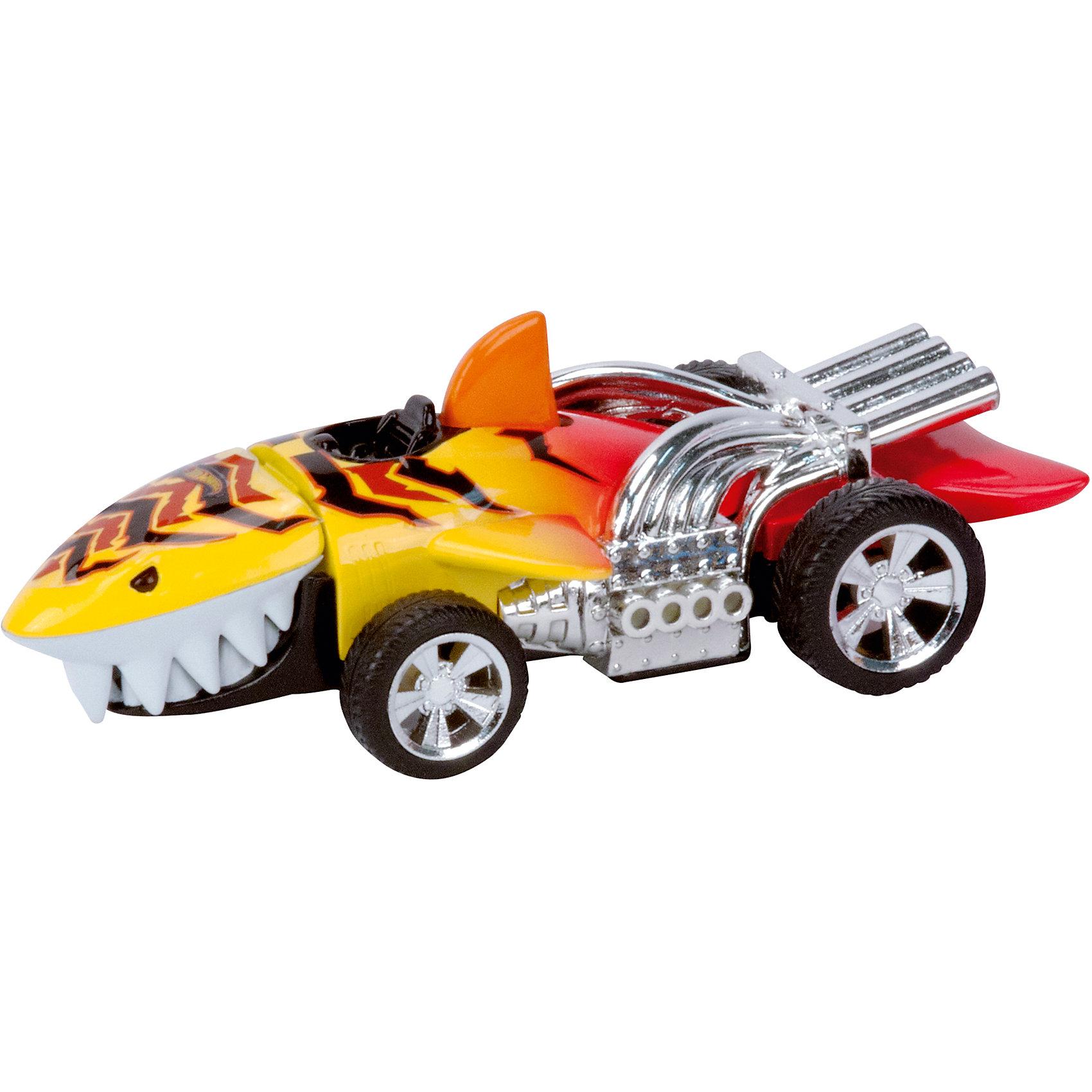 Машинка Жёлтая акула, 13,5 см, Hot WheelsХарактеристики товара:<br><br>- цвет: желтый;<br>- материал: пластик, металл;<br>- особенности: на батарейках, со звуковыми и световыми эффектами;<br>- вес: 160 г;<br>- размер упаковки: 9х13х18;<br>- батарейки: демонстрационные в комплекте;<br>- размер машинки: 13,5 см.<br><br>Какой мальчишка откажется поиграть с коллекционной машинкой Hot Wheels, которая выглядит как настоящая?! Машинка очень эффектно смотрится, она запускается нажатием кнопки. Игрушка отлично детализирована, очень качественно выполнена, поэтому она станет отличным подарком ребенку. Продается в красивой упаковке.<br>Изделия произведены из высококачественного материала, безопасного для детей.<br><br>Машинку Жёлтая акула Hot Wheels можно купить в нашем интернет-магазине.<br><br>Ширина мм: 89<br>Глубина мм: 127<br>Высота мм: 158<br>Вес г: 160<br>Возраст от месяцев: 36<br>Возраст до месяцев: 2147483647<br>Пол: Мужской<br>Возраст: Детский<br>SKU: 5066717
