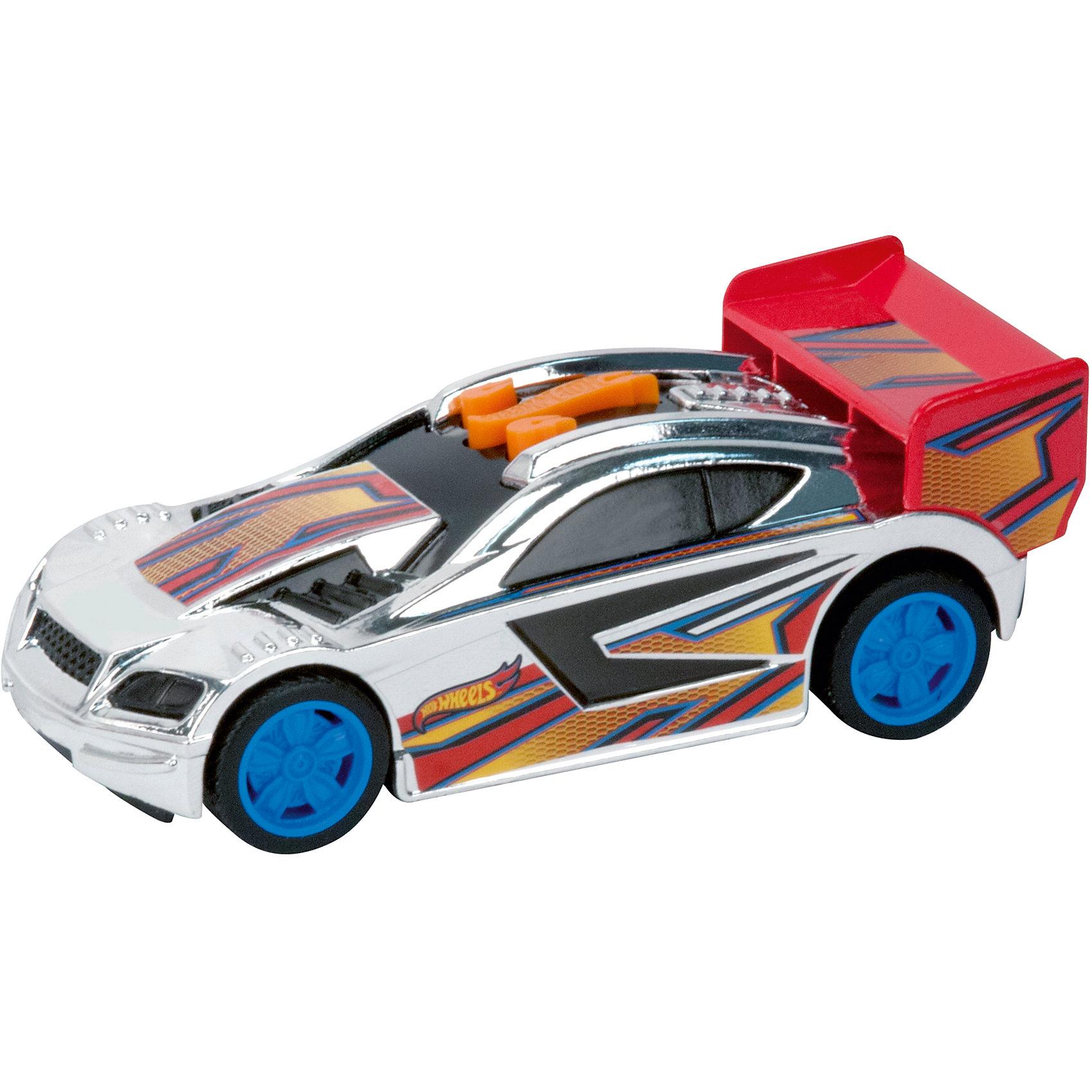 Машинка Красный спойлер, 13,5 см, Hot WheelsМашинки<br>Характеристики товара:<br><br>- цвет: разноцветный;<br>- материал: пластик, металл;<br>- особенности: на батарейках, со звуковыми и световыми эффектами;<br>- вес: 160 г;<br>- размер упаковки: 9х13х18;<br>- батарейки: демонстрационные в комплекте;<br>- размер машинки: 13,5 см.<br><br>Какой мальчишка откажется поиграть с коллекционной машинкой Hot Wheels, которая выглядит как настоящая?! Машинка очень эффектно смотрится, она запускается нажатием кнопки. Игрушка отлично детализирована, очень качественно выполнена, поэтому она станет отличным подарком ребенку. Продается в красивой упаковке.<br>Изделия произведены из высококачественного материала, безопасного для детей.<br><br>Машинку Красный спойлер Hot Wheels можно купить в нашем интернет-магазине.<br><br>Ширина мм: 89<br>Глубина мм: 127<br>Высота мм: 158<br>Вес г: 166<br>Возраст от месяцев: 36<br>Возраст до месяцев: 2147483647<br>Пол: Мужской<br>Возраст: Детский<br>SKU: 5066722