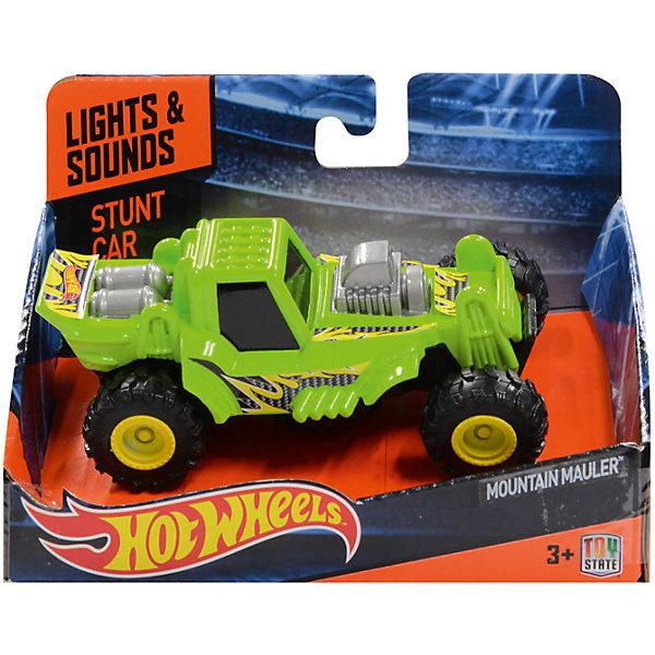 Машинка Stunt Jumper - Mountain Mauler, зеленая, 12.5 см Hot WheelsМашинки<br>Характеристики товара:<br><br>- цвет: зеленый;<br>- материал: пластик;<br>- особенности: во время движения машинка подпрыгивает и переворачивается;<br>- вес: 190 г;<br>- размер упаковки: 9х13х16;<br>- не на батарейках;<br>- размер машинки: 13 см.<br><br>Какой мальчишка откажется поиграть с коллекционной машинкой Hot Wheels, которая выглядит как настоящая?! Машинка очень эффектно смотрится, она подпрыгивает и переворачивается благодаря встроенной пружине. Игрушка отлично детализирована, очень качественно выполнена, поэтому она станет отличным подарком ребенку. Продается в красивой упаковке.<br>Изделия произведены из высококачественного материала, безопасного для детей.<br><br>Машинку Hot Wheels можно купить в нашем интернет-магазине.<br>Ширина мм: 90; Глубина мм: 130; Высота мм: 160; Вес г: 188; Возраст от месяцев: 36; Возраст до месяцев: 2147483647; Пол: Мужской; Возраст: Детский; SKU: 5066735;