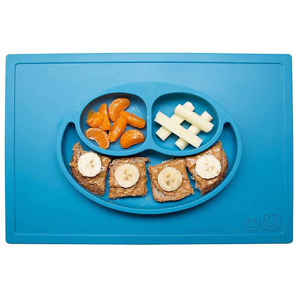 Тарелка трехсекционная с подставкой Happy Mat, 540 мл., ezpz, синийДетская посуда<br>Тарелка с подставкой Happy Mat, ezpz, синий.<br><br>Характеристики:<br>• изготовлена из качественного пищевого силикона<br>• надежно крепится к столу<br>• сгибается по краям<br>• 3 отсека для еды<br>• подходит для посудомоечной машины и микроволновой печи<br>• не содержит бисфенол, свинец, фталаты, поливинилхлорид<br>• приятный дизайн<br>• состав: 100% силикон<br>• размер: 38х25,5х3 см<br>• объем: 540 мл<br>• цвет: синий <br><br>Тарелка с подставкой Happy Mat, ezpz пригодится, если в доме живут маленькие непоседы. Тарелка имеет 3 глубоких отсека, что позволяет подавать еду раздельно. Вы сможете одновременно подать к столу мясо, гарнир и фрукты, не пачкая лишнюю посуду. Дно тарелки надежно крепится к плоской поверхности - вы можете не переживать, что малыш опрокинет еду и обожжется. Приятный дизайн тарелки понравится ребенку, и он обязательно будет есть с аппетитом!<br><br>Тарелку с подставкой Happy Mat, ezpz, синий можно купить в нашем интернет-магазине.<br>Ширина мм: 380; Глубина мм: 25; Высота мм: 255; Вес г: 701; Возраст от месяцев: 0; Возраст до месяцев: 36; Пол: Унисекс; Возраст: Детский; SKU: 5068700;