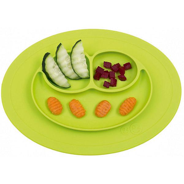 Тарелка малая с подставкой Mini Mat, 240 мл., ezpz, зеленыйДетская посуда<br>Тарелка с подставкой Mini Mat, ezpz, зеленый.<br><br>Характеристики:<br>• изготовлена из качественного пищевого силикона<br>• надежно крепится к столу<br>• 3 отсека для еды<br>• удобно брать с собой<br>• подходит для посудомоечной машины и микроволновой печи<br>• не содержит бисфенол, свинец, фталаты, поливинилхлорид<br>• приятный дизайн<br>• состав: 100% силикон<br>• размер: 21,5х19,5х2,5 см<br>• объем: 240 мл<br>• цвет: зеленый<br><br>Тарелка с подставкой Mini Mat, ezpz пригодится, если в доме живут маленькие непоседы. Тарелка имеет 3 глубоких отсека, что позволяет подавать еду раздельно. Вы сможете одновременно подать к столу мясо, гарнир и фрукты, не пачкая лишнюю посуду. Дно тарелки надежно крепится к плоской поверхности - вы можете не переживать, что малыш опрокинет еду и обожжется. Небольшой размер позволит брать тарелку с собой в дорогу. Приятный дизайн тарелки понравится ребенку, и он обязательно будет есть с аппетитом!<br><br><br>Вы можете купить тарелку с подставкой Mini Mat, ezpz, зеленый в нашем интернет-магазине.<br><br>Ширина мм: 210<br>Глубина мм: 25<br>Высота мм: 195<br>Вес г: 323<br>Возраст от месяцев: 0<br>Возраст до месяцев: 36<br>Пол: Унисекс<br>Возраст: Детский<br>SKU: 5068715