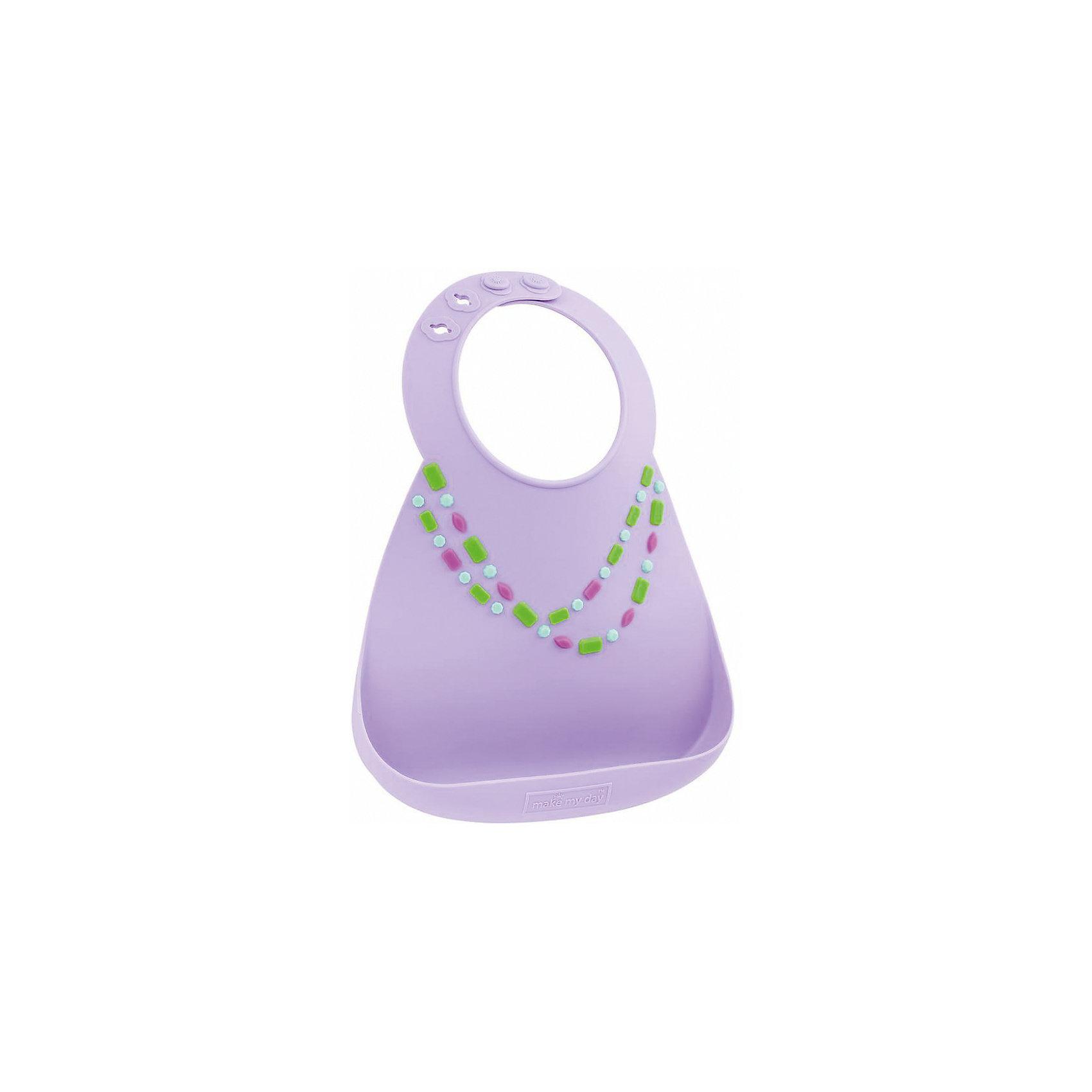 Нагрудник Make my day, лиловый/украшениеНагрудники и салфетки<br>Нагрудник Make my day, лиловый/украшение.<br><br>Характеристики:<br>• изготовлен из качественного гипоаллергенного силикона<br>• имеет удобный карман для крошек и кусочков пищи<br>• не содержит фталаты, бисфенол-А и ПВХ<br>• регулируемая застежка<br>• легко моется и подходит для посудомоечной машины<br>• высокая гибкость <br>• оригинальный дизайн<br>• состав: 100% пищевой силикон<br>• размер: 24х21 см<br>• размер упаковки: 24,5x21x4,5 см<br>• цвет: лиловый/украшение<br><br>Нагрудник Make my day изготовлен из высококачественного пищевого силикона и имеет регулируемую застежку, благодаря чему нагрудник не натирает нежную кожу шеи малыша. Вместительный карман снизу защитит одежду ребенка от попадания воды и пищи. Высокая гибкость нагрудника делает его компактным для хранения. Нагрудник легко отмывается водой с мылом или в посудомоечной машине. Приятный дизайн в виде разноцветного ожерелья порадует и малыша, и взрослых. С таким очаровательным нагрудником каждый прием пищи будет в радость!<br><br>Нагрудник Make my day, лиловый/украшение можно купить в нашем интернет-магазине.<br><br>Ширина мм: 210<br>Глубина мм: 45<br>Высота мм: 245<br>Вес г: 289<br>Возраст от месяцев: 0<br>Возраст до месяцев: 36<br>Пол: Женский<br>Возраст: Детский<br>SKU: 5068720