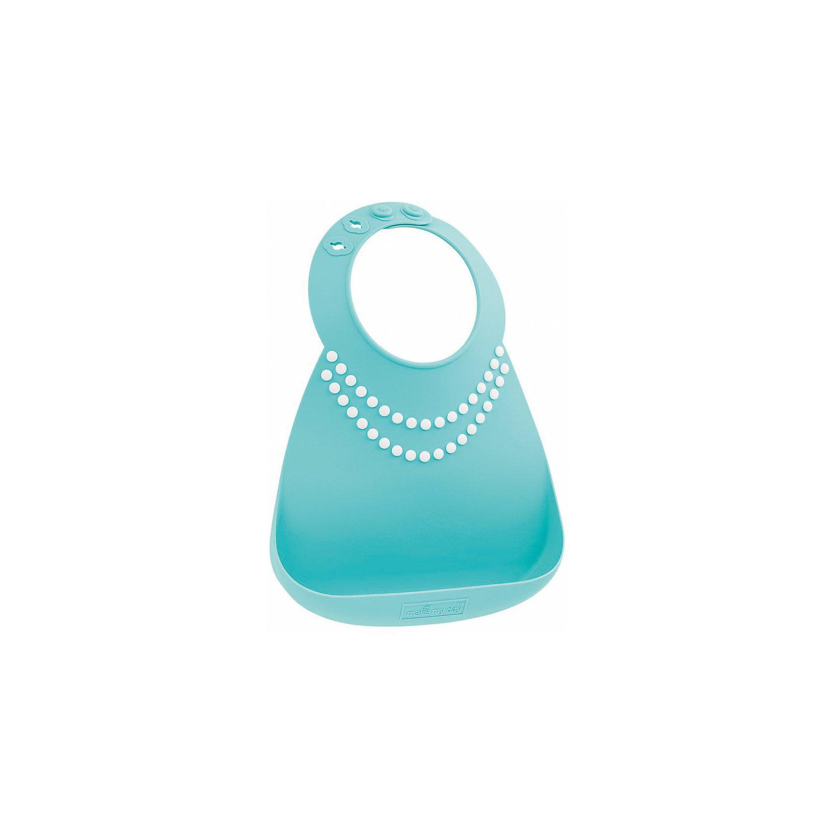 Нагрудник Make my day, голубой/жемчужины (Pearls)Нагрудники и салфетки<br>Нагрудник Make my day, голубой/жемчужины (Pearls).<br><br>Характеристики:<br>• изготовлен из качественного гипоаллергенного силикона<br>• имеет удобный карман для крошек и кусочков пищи<br>• не содержит фталаты, бисфенол-А и ПВХ<br>• регулируемая застежка<br>• легко моется и подходит для посудомоечной машины<br>• высокая гибкость <br>• оригинальный дизайн<br>• состав: 100% пищевой силикон<br>• размер: 24х21 см<br>• размер упаковки: 24,5x21x4,5 см<br>• цвет: голубой/белый<br><br>Нагрудник Make my day изготовлен из высококачественного пищевого силикона и имеет регулируемую застежку, благодаря чему нагрудник не натирает нежную кожу шеи малыша. Вместительный карман снизу защитит одежду ребенка от попадания воды и пищи. Высокая гибкость нагрудника делает его компактным для хранения. Нагрудник легко отмывается водой с мылом или в посудомоечной машине. Приятный дизайн в виде ожерелья из жемчуга порадует и малыша, и взрослых. С таким очаровательным нагрудником каждый прием пищи будет в радость!<br><br>Нагрудник Make my day, голубой/жемчужины (Pearls) можно купить в нашем интернет-магазине.<br><br>Ширина мм: 210<br>Глубина мм: 45<br>Высота мм: 245<br>Вес г: 289<br>Возраст от месяцев: 0<br>Возраст до месяцев: 36<br>Пол: Женский<br>Возраст: Детский<br>SKU: 5068723