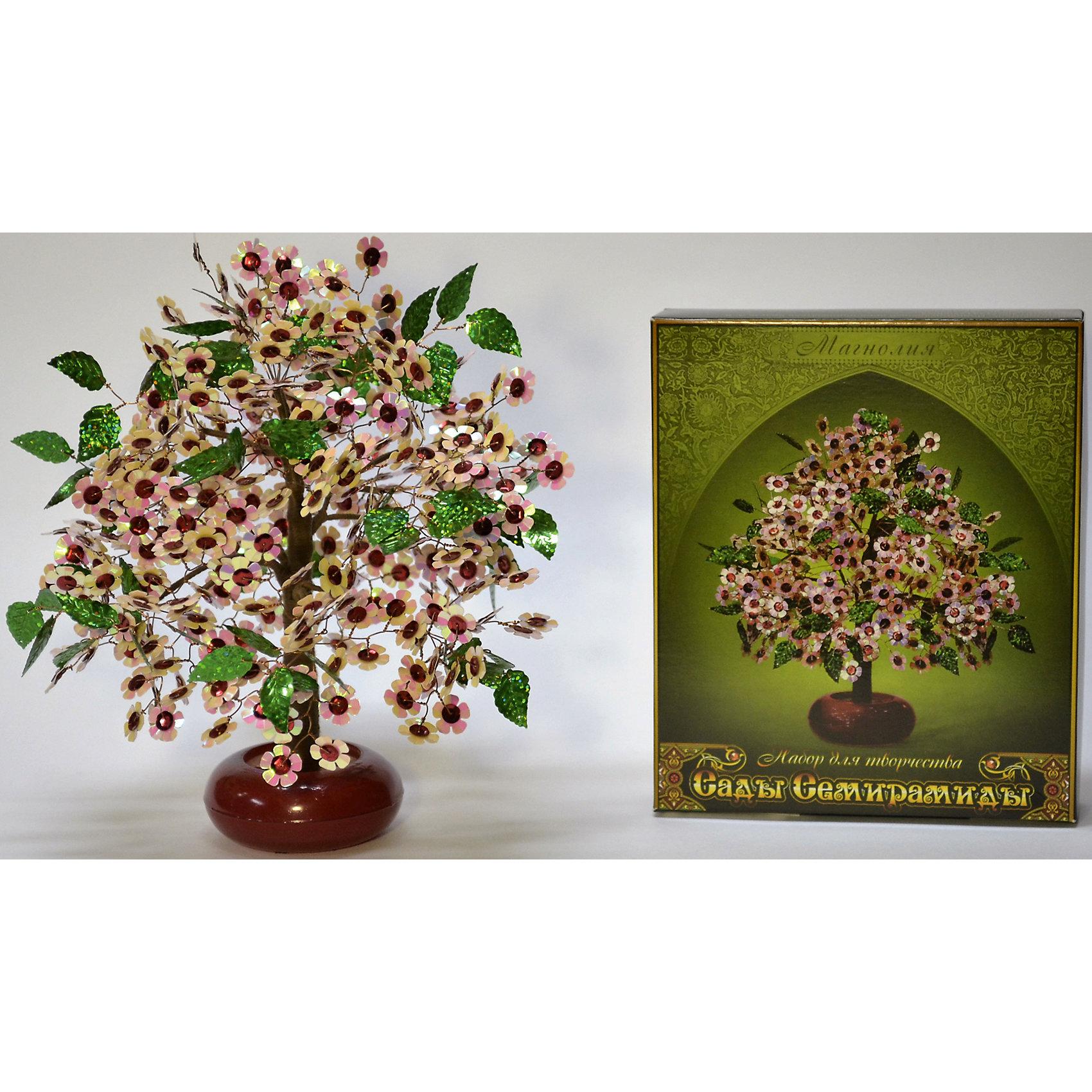 Набор для творчества Сады Семирамиды МагнолияДеревья из пайеток<br>Серия «Сады Семирамиды» представляют собой комплект необходимых<br>материалов, используя которые можно создать своё «Волшебное дерево» из каждого набора. Наборы предназначены для семейного творчества.<br><br>Ширина мм: 14<br>Глубина мм: 3<br>Высота мм: 17<br>Вес г: 380<br>Возраст от месяцев: 84<br>Возраст до месяцев: 192<br>Пол: Унисекс<br>Возраст: Детский<br>SKU: 5068882