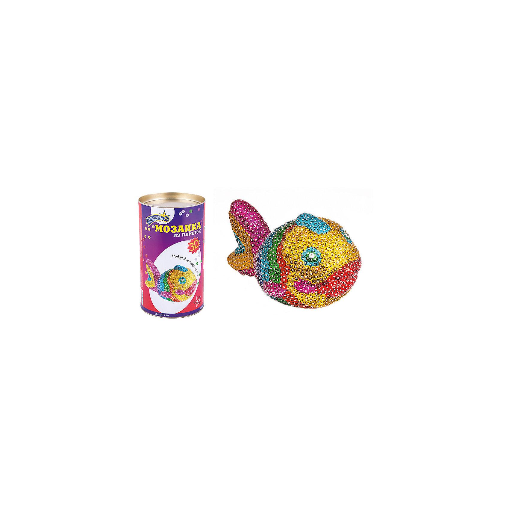 Мозаика из пайеток 3D РыбкаМозаика детская<br>Характеристики товара:<br><br>• материал: пенопласт, полимер, металл<br>• комплектация: пенопластовая заготовка, гвоздики, пайетки<br>• размер упаковки: 12x12x20 см<br>• упаковка: тубус<br>• возраст: от восьми лет<br>• для творчества<br>• страна бренда: Российская Федерация<br>• страна производства: Российская Федерация<br><br>Такой набор станет отличным подарком ребенку! Творчество - удачный способ занять детей. Это не только занимательно, но и очень полезно! С помощью такого набора ребенок сможет сам создать красивую объемную рыбку. Нужно всего лишь следовать инструкции! Это несложно и увлекательно - всё необходимое есть в наборе. Готовое изделие может стать подарком от ребенка на праздник для близких и родственников!<br>Такое занятие помогает детям развивать многие важные навыки и способности: они тренируют внимание, память, логику, мышление, мелкую моторику, творческие способности, а также усидчивость и аккуратность. Изделие производится из качественных сертифицированных материалов, безопасных даже для самых маленьких.<br><br>Мозаика из пайеток 3D Рыбка от бренда Волшебная мастерская можно купить в нашем интернет-магазине.<br><br>Ширина мм: 120<br>Глубина мм: 210<br>Высота мм: 120<br>Вес г: 550<br>Возраст от месяцев: 96<br>Возраст до месяцев: 168<br>Пол: Женский<br>Возраст: Детский<br>SKU: 5075351
