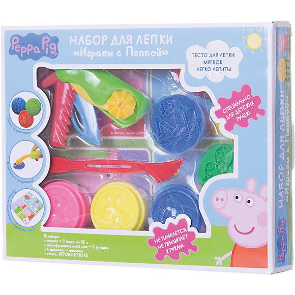 Набор для лепки «Играем с Пеппой», Свинка ПеппаНаборы для лепки<br>Лепить со Свинкой Пеппой вдвойне интересно! Раскатывайте блинчики и формочками выдавливайте на них забавные фигурки, разрезайте тесто фигурным ножом и стекой, раскрашивайте картинки пластилином по заданиям на карточках. Смешивайте цвета, фантазируйте, экспериментируйте, а инструкция и полезные советы на упаковке вам помогут в этом! &#13;<br>В наборе «Играем с Пеппой» ТМ «Peppa Pig» 3 ярких цвета теста для лепки в баночках по 30 г и 8 предметов: многофункциональный нож (3 функции), 4 формочки, стека, 2 двусторонние карточки с картинками и заданиями. Мягкое цветное тесто создано специально для детских пальчиков и идеально подходит для лепки: оно очень пластичное, не липнет к рукам и не пачкается. Тесто не пригодно для еды! Игрушки выполнены из высококачественного пластика. Товар сертифицирован и безопасен при использовании по назначению. Упаковка – красочная коробка.<br><br>Ширина мм: 260<br>Глубина мм: 210<br>Высота мм: 40<br>Вес г: 340<br>Возраст от месяцев: 36<br>Возраст до месяцев: 84<br>Пол: Унисекс<br>Возраст: Детский<br>SKU: 5076580