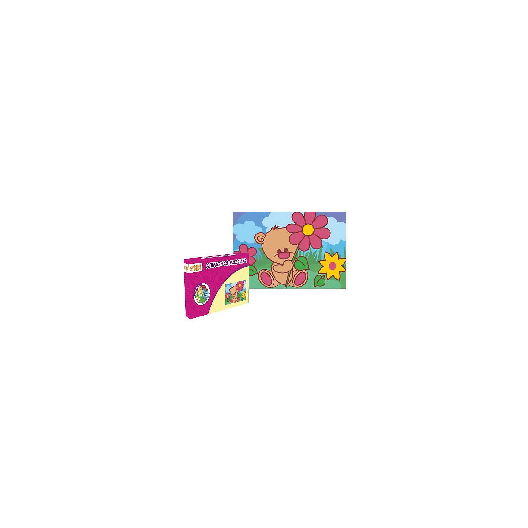 Набор для творчества Алмазная мозаика «Мишка»Мозаика детская<br>Характеристики товара:<br><br>• материал: картон, полимерные материалы<br>• комплектация: картонная основа, подставка, стразы, емкость для страз, карандаш<br>• размер упаковки: 17х11х2 см<br>• упаковка: картонная коробка.<br>• возраст: от 5 лет<br>• для творчества<br>• страна бренда: Китай<br>• страна производства: Тайвань<br><br>Этот набор станет отличным подарком ребенку! Творчество - удачный способ занять детей. Это не только занимательно, но и очень полезно! С помощью набора ребенок сможет сам создать красивую картину - нужно всего лишь следовать инструкции! Это несложно и увлекательно, достаточно нанести небольшие стразы на рисунок - всё необходимое есть в наборе. Готовое изделие может стать подарком от ребенка на праздник для близких и родственников!<br>Такое занятие помогает детям развивать многие важные навыки и способности: они тренируют внимание, память, логику, мышление, мелкую моторику, творческие способности, а также усидчивость и аккуратность. Изделие производится из качественных сертифицированных материалов, безопасных даже для самых маленьких.<br><br>Набор для творчества Алмазная мозаика «Мишка» от бренда Color Puppy можно купить в нашем интернет-магазине.<br><br>Ширина мм: 165<br>Глубина мм: 105<br>Высота мм: 20<br>Вес г: 84<br>Возраст от месяцев: 36<br>Возраст до месяцев: 108<br>Пол: Женский<br>Возраст: Детский<br>SKU: 5078348