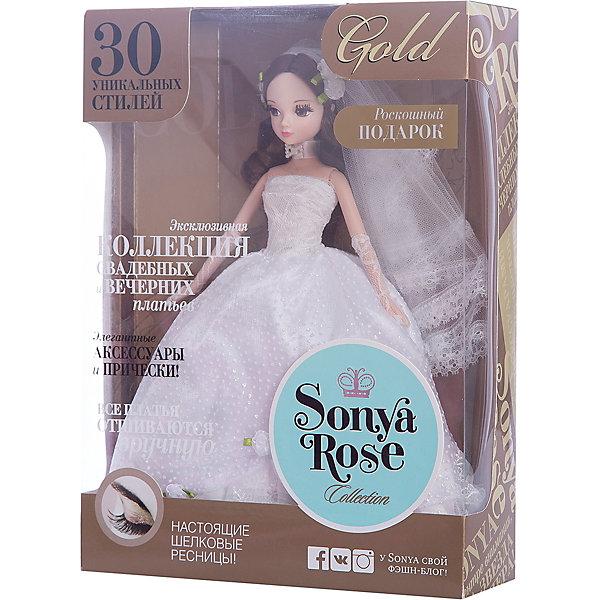 Кукла Лунный камень, серия Золотая коллекция, Sonya RoseКуклы<br>Характеристики товара:<br><br>- цвет: разноцветный;<br>- материал: пластик, текстиль;<br>- особенности: подвижные руки и ноги, голова;<br>- размер упаковки: 23х32х7 см;<br>- комплектация: кукла, одежда, аксессуары;<br>- размер куклы: 28 см.<br><br>Такие красивые куклы не оставят ребенка равнодушным! Какая девочка откажется поиграть с куклой в прекрасном свадебном платье?! Игрушка хорошо детализирована, очень качественно выполнена, поэтому она станет отличным подарком ребенку. В наборе идут одежда и аксессуары, которые можно снять!<br>При играх с куклами у детей активизируется мышление, воображение, развиваются творческие способности, нарабатываются варианты социального взаимодействия, дети учатся заботиться о других. Изделие произведено из высококачественного материала, безопасного для детей.<br><br>Куклу Лунный камень, серия Золотая коллекция, от бренда Sonya Rose можно купить в нашем интернет-магазине.<br><br>Ширина мм: 230<br>Глубина мм: 320<br>Высота мм: 70<br>Вес г: 352<br>Возраст от месяцев: 36<br>Возраст до месяцев: 2147483647<br>Пол: Женский<br>Возраст: Детский<br>SKU: 5079158