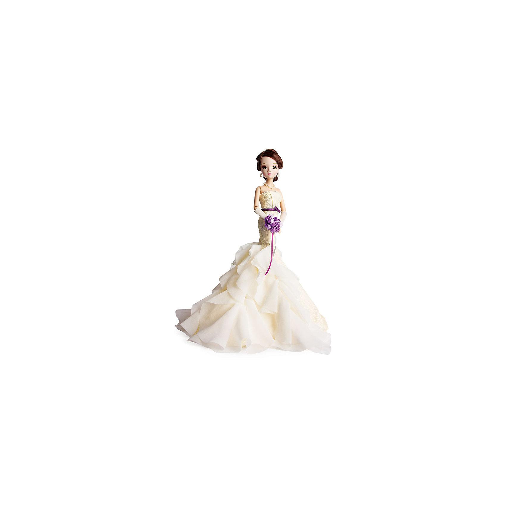 Кукла Шарли, серия Золотая коллекция, Sonya RoseБренды кукол<br>Характеристики товара:<br><br>- цвет: разноцветный;<br>- материал: пластик, текстиль;<br>- особенности: подвижные руки и ноги, голова;<br>- размер упаковки: 23х32х7 см;<br>- комплектация: кукла, одежда, аксессуары;<br>- размер куклы: 27 см.<br><br>Такие красивые куклы не оставят ребенка равнодушным! Какая девочка откажется поиграть с куклой в прекрасном дизайнерском вечернем платье ручной работы?! Игрушка хорошо детализирована, очень качественно выполнена, поэтому она станет отличным подарком ребенку. В наборе идут одежда и аксессуары, которые можно снять! Кукла продается в нарядной подарочной упаковке.<br>При играх с куклами у детей активизируется мышление, воображение, развиваются творческие способности, нарабатываются варианты социального взаимодействия, дети учатся заботиться о других. Изделие произведено из высококачественного материала, безопасного для детей.<br><br>Куклу Шарли, серия Золотая коллекция, от бренда Sonya Rose можно купить в нашем интернет-магазине.<br><br>Ширина мм: 170<br>Глубина мм: 340<br>Высота мм: 70<br>Вес г: 345<br>Возраст от месяцев: 36<br>Возраст до месяцев: 2147483647<br>Пол: Женский<br>Возраст: Детский<br>SKU: 5079164