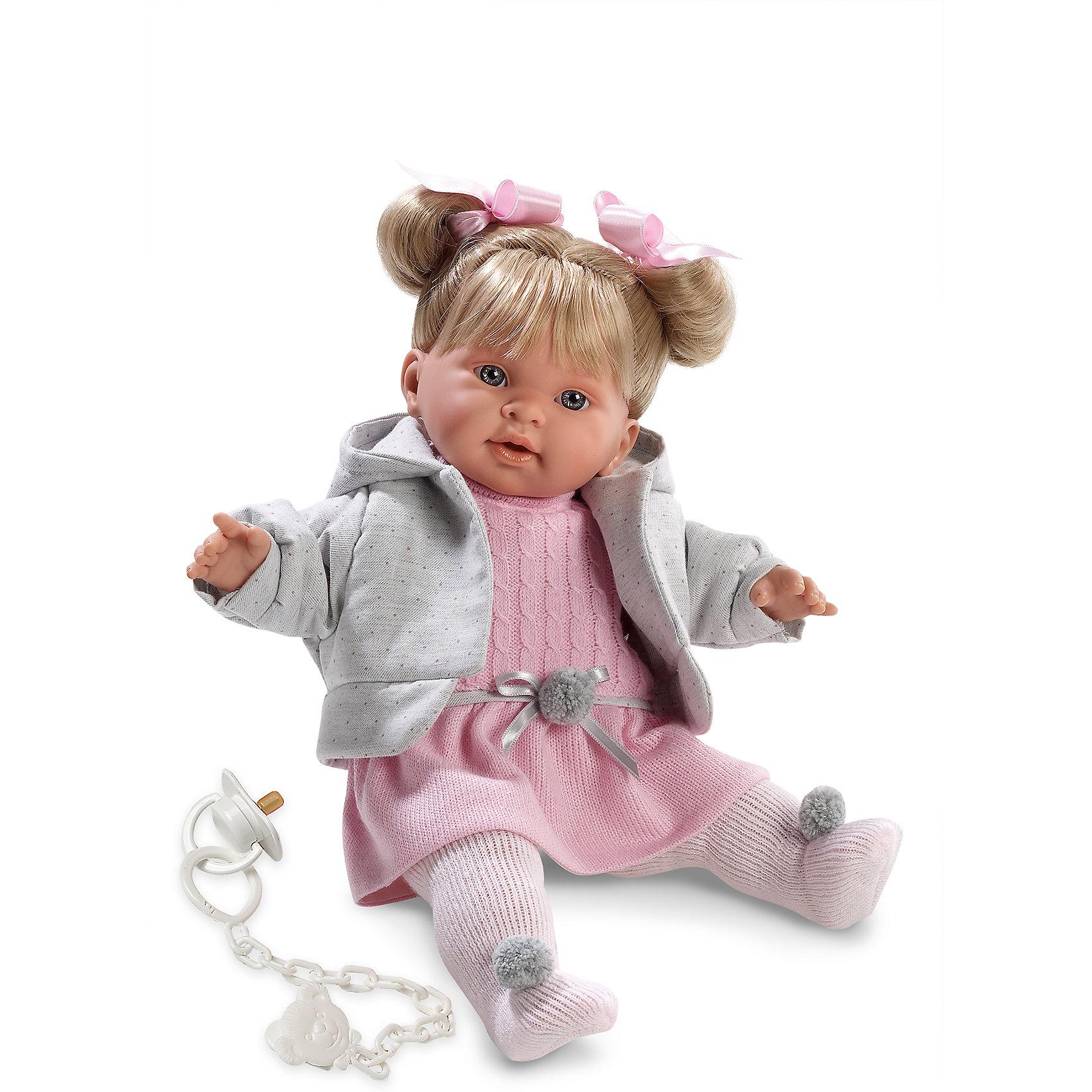 Кукла Пиппа, 42 см, LlorensБренды кукол<br>Характеристики:<br><br>• Предназначение: для сюжетно-ролевых игр<br>• Тип куклы: мягконабивная<br>• Пол куклы: девочка <br>• Цвет волос: блондинка<br>• Материал: поливинилхлорид, пластик, нейлон, текстиль<br>• Цвет: розовый, белый, серый<br>• Высота куклы: 42 см<br>• Комплектация: кукла, платье, курточка, колготки, пустышка на цепочке<br>• Вес: 1 кг 360 г<br>• Размеры упаковки (Д*В*Ш): 23*45*12 см<br>• Упаковка: подарочная картонная коробка <br>• Особенности ухода: допускается деликатная стирка без использования красящих и отбеливающих средств предметов одежды куклы<br><br>Кукла Пиппа 42 см без звука – кукла, производителем которого является всемирно известный испанский кукольный бренд Llorens. Куклы этой торговой марки имеют свою неповторимую внешность и целую линейку образов как пупсов, так и кукол-малышей. Игрушки выполнены из сочетания поливинилхлорида и пластика, что позволяет с высокой долей достоверности воссоздать физиологические и мимические особенности маленьких детей. При изготовлении кукол Llorens используются только сертифицированные материалы, безопасные и не вызывающие аллергических реакций. Волосы у кукол отличаются густотой, шелковистостью и блеском, при расчесывании они не выпадают и не ломаются.<br>Кукла Пиппа 42 см без звука выполнена в образе малышки: у нее светлые волосы, собранные в два хвостика, и голубые глаза. Комплект осенней одежды Пиппы состоит из вязаного платьица с пояском, курточки с капюшоном и коглоточек с помпонами. У малышки имеется соска на цепочке-держателе. <br>Кукла Пиппа 42 см без звука – это идеальный вариант для подарка к различным праздникам и торжествам.<br><br>Куклу Пиппу 42 см без звука можно купить в нашем интернет-магазине.<br><br>Ширина мм: 23<br>Глубина мм: 45<br>Высота мм: 12<br>Вес г: 1360<br>Возраст от месяцев: 36<br>Возраст до месяцев: 84<br>Пол: Женский<br>Возраст: Детский<br>SKU: 5086918