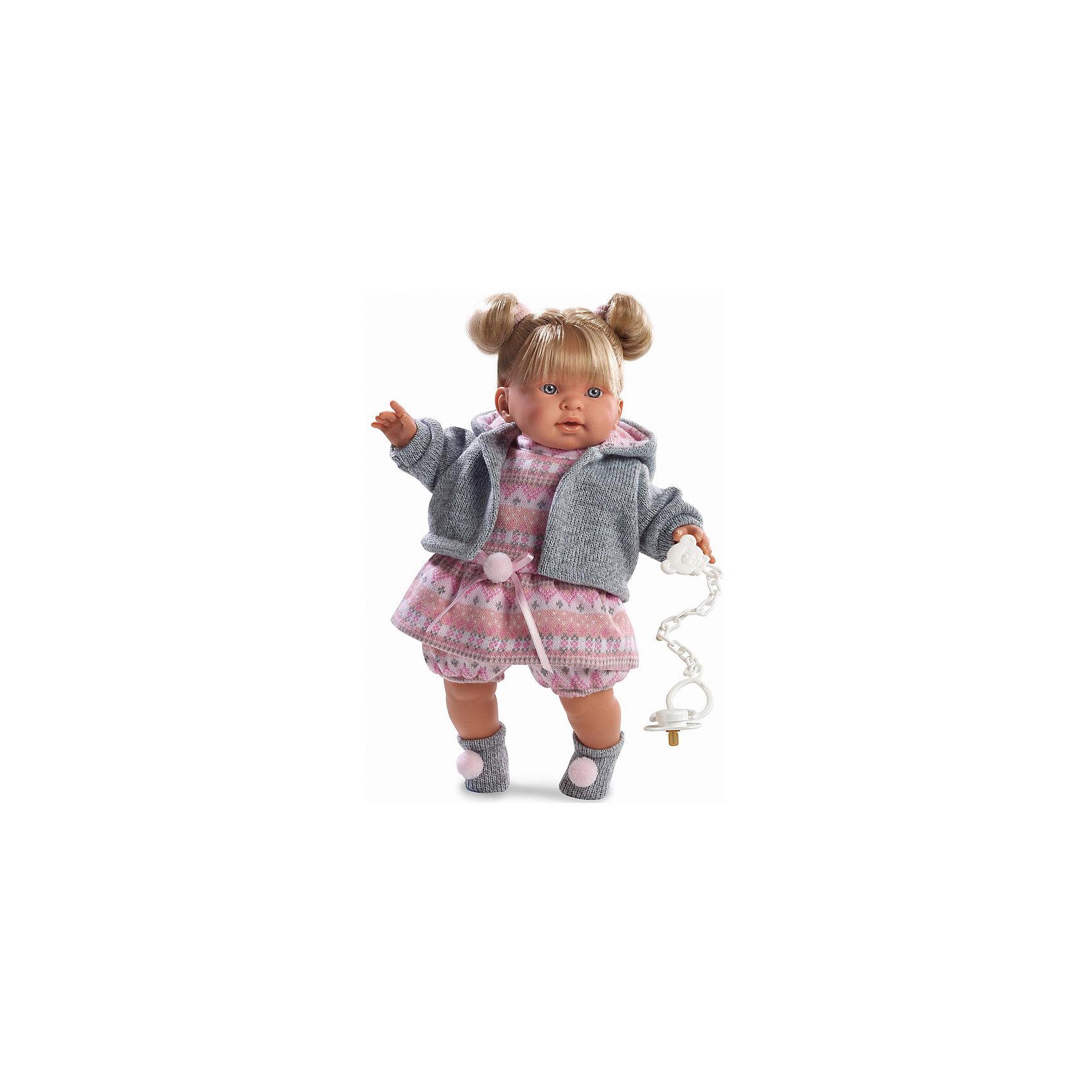 Кукла Тина, 42 см, LlorensКлассические куклы<br>Характеристики:<br><br>• Предназначение: для сюжетно-ролевых игр<br>• Тип куклы: мягконабивная<br>• Пол куклы: девочка <br>• Цвет волос: блондинка<br>• Материал: поливинилхлорид, пластик, нейлон, текстиль<br>• Цвет: розовый, белый, серый<br>• Высота куклы: 42 см<br>• Комплектация: кукла, платье, кофточка с капюшоном, панталончики, носочки, пустышка на цепочке<br>• Вес: 1 кг 360 г<br>• Размеры упаковки (Д*В*Ш): 23*45*12 см<br>• Упаковка: подарочная картонная коробка <br>• Особенности ухода: допускается деликатная стирка без использования красящих и отбеливающих средств предметов одежды куклы<br><br>Кукла Тина 42 см без звука – кукла, производителем которого является всемирно известный испанский кукольный бренд Llorens. Куклы этой торговой марки имеют свою неповторимую внешность и целую линейку образов как пупсов, так и кукол-малышей. Игрушки выполнены из сочетания поливинилхлорида и пластика, что позволяет с высокой долей достоверности воссоздать физиологические и мимические особенности маленьких детей. При изготовлении кукол Llorens используются только сертифицированные материалы, безопасные и не вызывающие аллергических реакций. Волосы у кукол отличаются густотой, шелковистостью и блеском, при расчесывании они не выпадают и не ломаются.<br>Кукла Тина 42 см без звука выполнена в образе малышки: у нее светлые волосы, собранные в два хвостика, и голубые глаза. Комплект осенней одежды Тины состоит из вязаного платьица с пояском и панталончиков, кофточки из меланжевой пряжи с капюшоном и носочков с помпонами. У малышки имеется соска на цепочке-держателе. <br>Кукла Тина 42 см без звука – это идеальный вариант для подарка к различным праздникам и торжествам.<br><br>Куклу Тину 42 см без звука можно купить в нашем интернет-магазине.<br><br>Ширина мм: 23<br>Глубина мм: 45<br>Высота мм: 12<br>Вес г: 1360<br>Возраст от месяцев: 36<br>Возраст до месяцев: 84<br>Пол: Женский<br>Возраст: Детский<br>SKU: 5086919
