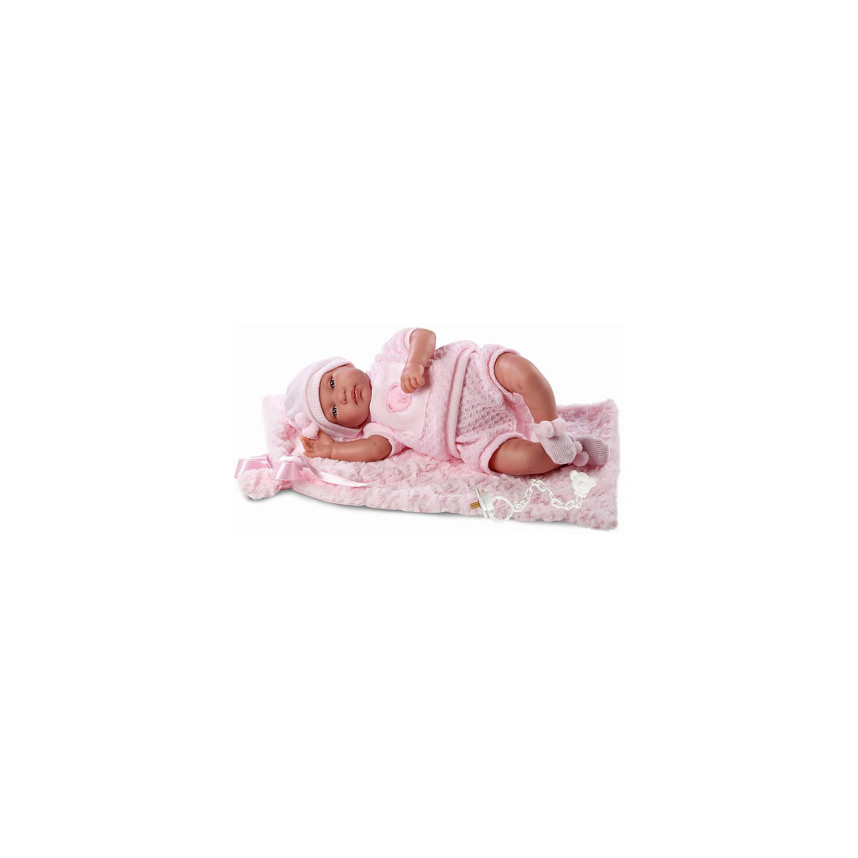 Пупс с одеялом, 43 см, LlorensКуклы-пупсы<br>Характеристики:<br><br>• Предназначение: для сюжетно-ролевых игр<br>• Тип куклы: мягконабивная<br>• Пол куклы: девочка <br>• Волосы: прорисованные<br>• Материал: поливинилхлорид, пластик, текстиль<br>• Цвет: розовый<br>• Высота куклы: 43 см<br>• Комплектация: кукла, кофточка, шортики, чепчик, носочки, одеяло, соска с держателем<br>• Вес: 1 кг 400 г<br>• Звуковые эффекты: плачет, произносит мама и папа<br>• Батарейки: з шт. типа AG13/LR44 (предусмотрены в комплекте)<br>• Размеры упаковки (Д*В*Ш): 23*46*13 см<br>• Упаковка: подарочная картонная коробка <br>• Особенности ухода: допускается деликатная стирка без использования красящих и отбеливающих средств предметов одежды куклы<br><br>Кукла младенец 43 см – пупс, производителем которого является всемирно известный испанский кукольный бренд Llorens. Куклы этой торговой марки имеют свою неповторимую внешность и целую линейку образов как пупсов, так и кукол-малышей. Игрушки выполнены из сочетания поливинилхлорида и пластика, что позволяет с высокой долей достоверности воссоздать физиологические и мимические особенности маленьких детей. При изготовлении кукол Llorens используются только сертифицированные материалы, безопасные и не вызывающие аллергических реакций. Волосы у кукол-пупсов прорисованные; ручки и ножки двигаются.<br>Кукла младенец 43 см выполнена в образе малышки: голубые глазки и пухлые щечки создают невероятно очаровательный и милый образ. В комплект одежды входит розовый костюмчик, состоящий из кофточки с короткими рукавами и аппликацией в виде мишки на груди, шортиков, выполненных ажурной вязкой, чепчик и носочки. В наборе имеется теплое одеяло-плед и соска с держателем. Кукла умеет плакать, а также говорить мама и папа.<br>Кукла младенец 43 см – это идеальный вариант для подарка к различным праздникам и торжествам.<br><br>Куклу младенца 43 см можно купить в нашем интернет-магазине.<br><br>Ширина мм: 23<br>Глубина мм: 46<br>Высота мм: 13<br>Вес г: 1400<br>Возрас