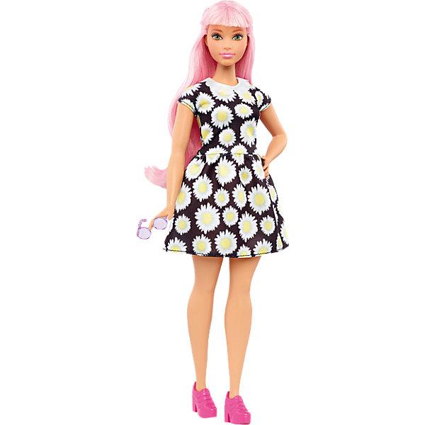 Кукла из серии Игра с модой Daisy Pop, BarbieКуклы<br>Характеристики товара:<br><br>• комплектация: кукла, одежда<br>• материал: пластик, текстиль<br>• серия: Barbie игра с модой<br>• руки, ноги гнутся<br>• высота куклы: 28 см<br>• возраст: от трех лет<br>• размер упаковки: 33х12х5 см<br>• вес: 0,3 кг<br>• страна бренда: США<br><br>Невероятно модный образ изящной куклы порадует маленьких любительниц стильных и необычных нарядов. Стильную одежду дополняет обувь и аксессуары. Длинные волосы позволяют делать разнообразные прически! Барби из серии Игра с модой станет великолепным подарком для девочек, которые следят за модными тенденциями.<br><br>Такие куклы помогают развить у девочек вкус и чувство стиля, отработать сценарии поведения в обществе, развить воображение и мелкую моторику. Барби от бренда Mattel не перестает быть популярной! <br><br>Куклу Барби Daisy Pop из серии «Barbie и Игра с Модой» от компании Mattel можно купить в нашем интернет-магазине.<br>Ширина мм: 329; Глубина мм: 114; Высота мм: 60; Вес г: 200; Возраст от месяцев: 36; Возраст до месяцев: 72; Пол: Женский; Возраст: Детский; SKU: 5089079;