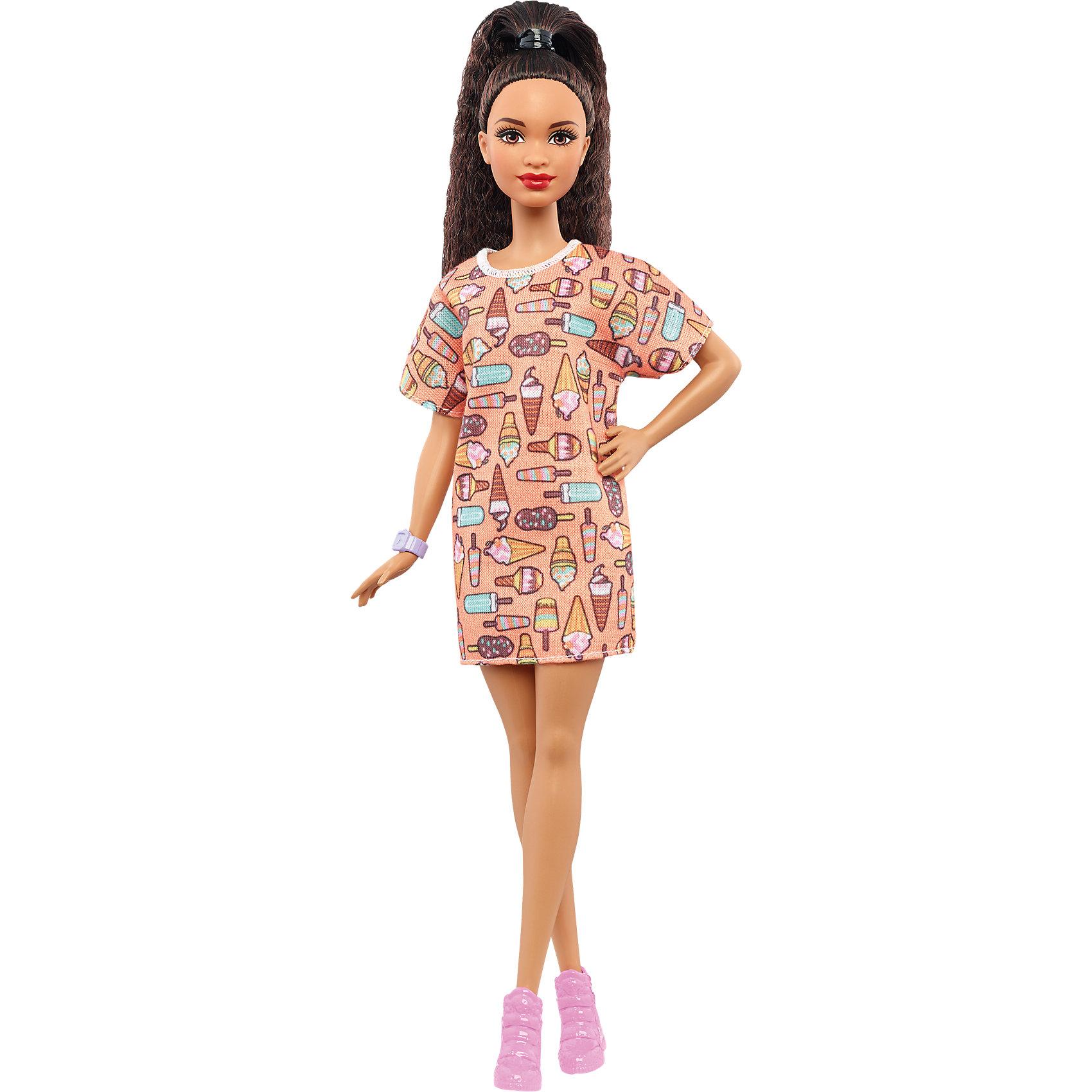 Кукла из серии Игра с модой Style So Sweet, BarbieBarbie<br>Характеристики товара:<br><br>• комплектация: кукла, одежда<br>• материал: пластик, текстиль<br>• серия: Barbie игра с модой<br>• руки, ноги гнутся<br>• высота куклы: 28 см<br>• возраст: от трех лет<br>• размер упаковки: 33х12х5 см<br>• вес: 0,3 кг<br>• страна бренда: США<br><br>Невероятно модный образ изящной куклы порадует маленьких любительниц стильных и необычных нарядов. Стильную одежду дополняет обувь и аксессуары. Длинные волосы позволяют делать разнообразные прически! Барби из серии Игра с модой станет великолепным подарком для девочек, которые следят за модными тенденциями.<br><br>Такие куклы помогают развить у девочек вкус и чувство стиля, отработать сценарии поведения в обществе, развить воображение и мелкую моторику. Барби от бренда Mattel не перестает быть популярной! <br><br>Куклу Барби Style So Sweet из серии «Barbie и Игра с Модой» от компании Mattel можно купить в нашем интернет-магазине.<br><br>Ширина мм: 326<br>Глубина мм: 116<br>Высота мм: 58<br>Вес г: 164<br>Возраст от месяцев: 36<br>Возраст до месяцев: 72<br>Пол: Женский<br>Возраст: Детский<br>SKU: 5089085