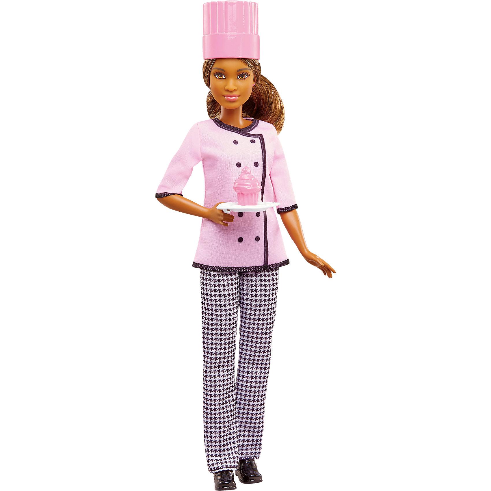 Кукла Barbie из серии «Кем быть?», КондитерКуклы-модели<br>Характеристики товара:<br><br>• возраст от 3 лет;<br>• материал: пластик, текстиль;<br>• высота куклы 29 см;<br>• размер упаковки 32,5х11,5х5,5 см;<br>• вес упаковки 300 гр.;<br>• страна производитель: Китай.<br><br>Кукла Кондитер «Кем быть?» Barbie относится к серии кукол, которые представляют разнообразные профессии. Кукла одета в костюм кондитера с колпаком на голове, она готовит самые вкусные сладости, торты и кексы. С ней девочка может не только придумывать сценки и истории для игры, но и подумать, кем бы она хотела быть стать, когда вырастет.<br><br>Куклу Кондитер «Кем быть?» Barbie можно приобрести в нашем интернет-магазине.<br><br>Ширина мм: 326<br>Глубина мм: 116<br>Высота мм: 48<br>Вес г: 179<br>Возраст от месяцев: 36<br>Возраст до месяцев: 72<br>Пол: Женский<br>Возраст: Детский<br>SKU: 5089091