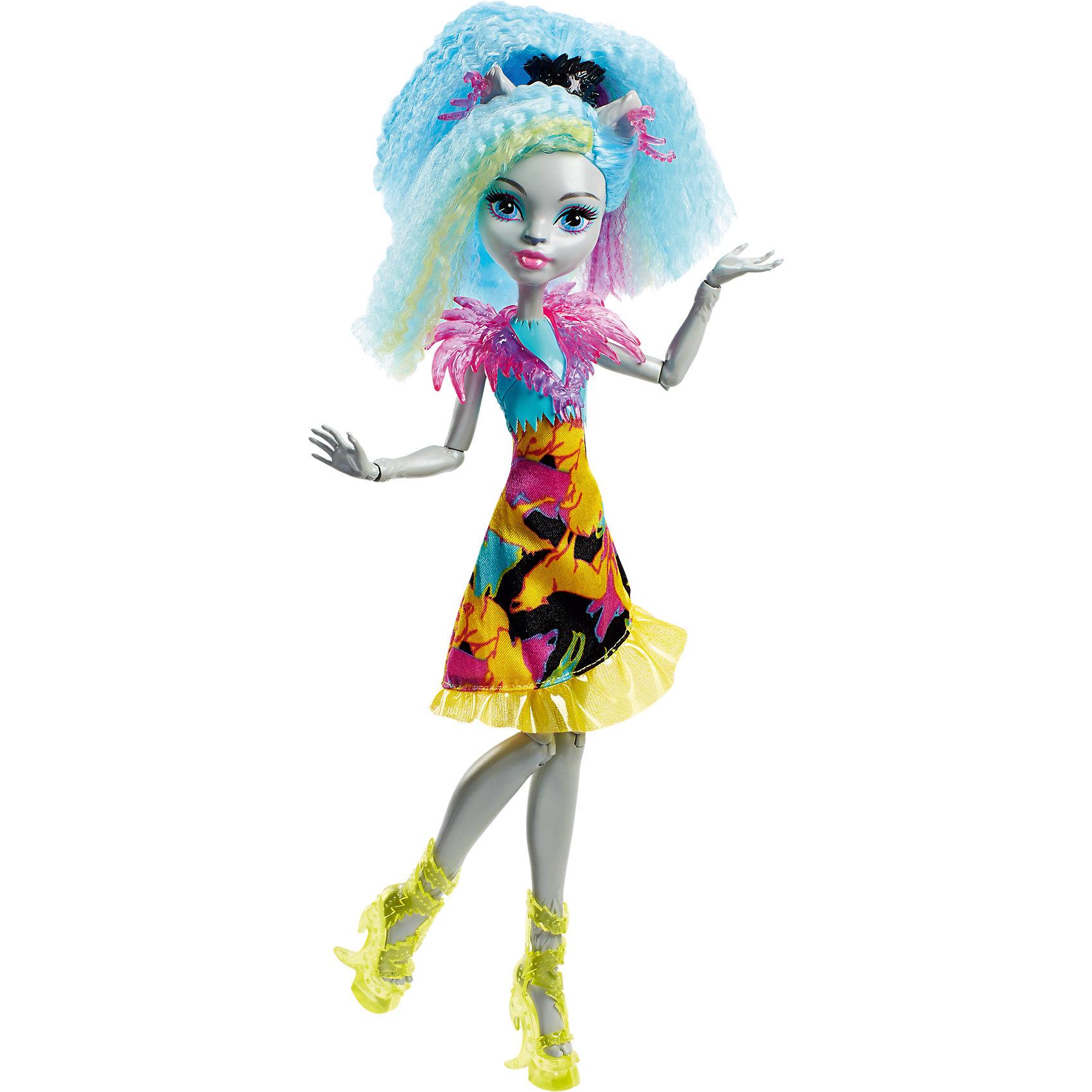 Неоновая монстряшка Сильви Тимбервульф из серии Под напряжением, Monster HighMonster High<br>Характеристики товара:<br><br>• комплектация: кукла, одежда, аксессуары<br>• материал: пластик, текстиль<br>• имя куклы: Сильви Тимбервульф<br>• серия: Под напряжением<br>• руки, ноги гнутся<br>• высота куклы: 27 см<br>• возраст: от 6 лет<br>• размер упаковки: 32x16x7 см<br>• вес: 0,3 кг<br>• страна бренда: США<br><br>Такая современная кукла порадует маленьких любительниц мультфильмов про мир Monster High. Костюм героини мультфильма дополняет обувь и аксессуары. Руки и ноги гнутся, из длинных волос можно делать прически! Кукла Сильви Тимбервульф из серии Под напряжением, Monster High, станет великолепным подарком для девочек.<br><br>Игры с куклами помогают девочкам отработать сценарии поведения в обществе, развить воображение и мелкую моторику. Изделие произведено из безопасных для детей материалов. Куклы Monster High от бренда Mattel не перестают быть популярными у современных девочек! <br><br>Куклу Неоновая монстряшка Сильви Тимбервульф из серии Под напряжением, Monster High, от компании Mattel можно купить в нашем интернет-магазине.<br><br>Ширина мм: 327<br>Глубина мм: 154<br>Высота мм: 68<br>Вес г: 185<br>Возраст от месяцев: 72<br>Возраст до месяцев: 120<br>Пол: Женский<br>Возраст: Детский<br>SKU: 5089099