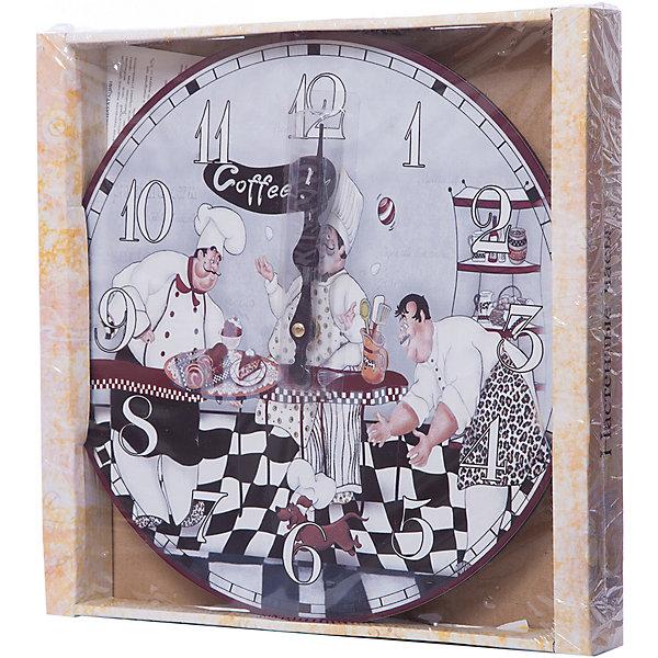 Часы настенные Время пить кофе, диаметр 34 смДетские предметы интерьера<br>Часы настенные Время пить кофе, диаметр 34 см.<br><br>Характеристики:<br><br>- Диаметр: 34 см.<br>- Две стрелки часовая и минутная<br>- Батарейка: 1 типа АА (в комплект не входит)<br>- Упаковка картонная коробка<br><br>Кварцевые настенные часы с механизмом плавного хода помимо своего прямого назначения – показывать точное время – станут важным элементом декора Вашего дома или квартиры. Открытый циферблат часов выполнен из листа оргалита с декоративным покрытием, оформлен изображением забавной жанровой сценки. Часовая и минутная стрелки металлические. Часовой механизм закрыт пластиковым корпусом. Часы будут ярким акцентом в интерьере и создадут дополнительный уют и хорошее настроение.<br><br>Часы настенные Время пить кофе, диаметр 34 см можно купить в нашем интернет-магазине.<br><br>Ширина мм: 345<br>Глубина мм: 340<br>Высота мм: 45<br>Вес г: 2500<br>Возраст от месяцев: 72<br>Возраст до месяцев: 144<br>Пол: Унисекс<br>Возраст: Детский<br>SKU: 5089819