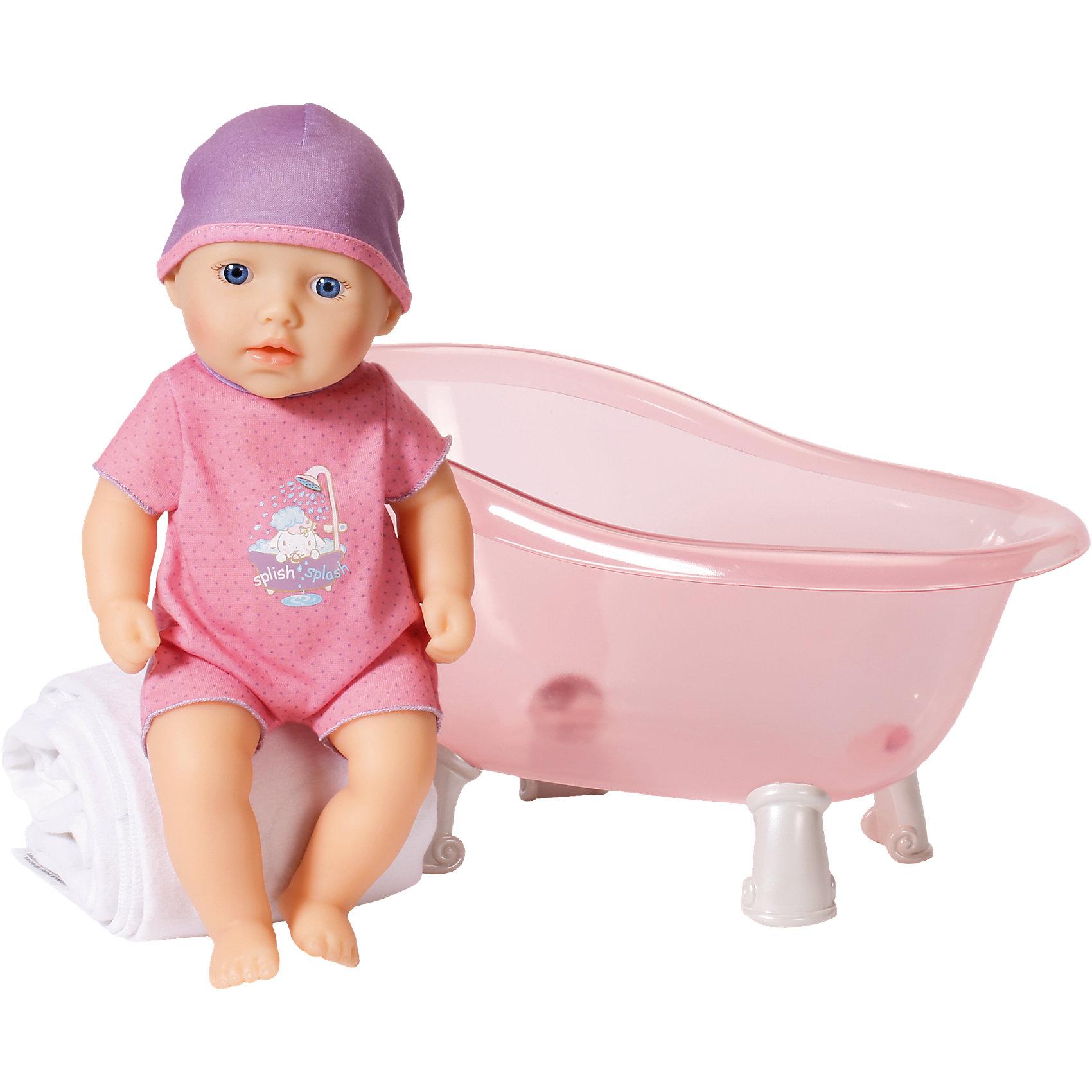 Кукла твердотелая с ванночкой, 30 см, my first Baby AnnabellБренды кукол<br>Кукла твердотелая с ванночкой, 30 см, my first Baby Annabell<br><br>Характеристики:<br><br>• В набор входит: кукла, одежда, ванночка<br>• Состав: пластик, текстиль<br>• Высота куклы: 30 см.<br>• Размер упаковки: 36 * 20 * 26 см.<br>• Для детей в возрасте: от 1 года<br>• Страна производитель: Китай<br><br>Красивая классическая ванночка с прозрачными бортиками позволит ребёнку видеть как купается кукла и поможет окружить куклу самой нежной заботой. Ванна на резных ножках легка на подъем и быстро наполняется водой, при желании вы можете добавить мыльный раствор или пену. Сама кукла станет отличной первой куклой-игрушкой от бренда Zapf Creation (Зап Криэйшен). <br><br>Эта пластиковая куколка не боится воды, её можно обрабатывать дезинфицирующими средствами, а одежду стирать, поэтому она подходит даже малышам. Размер куклы составляет 30 см., что меньше других кукол бренда. В комплект вошёл красивый комбинезончик с рисунком малыша принимающего ванну и шапочка в тон.<br><br>Куклу твердотелую с ванночкой, 30 см, my first Baby Annabell можно купить в нашем интернет-магазине.<br><br>Ширина мм: 389<br>Глубина мм: 271<br>Высота мм: 208<br>Вес г: 965<br>Возраст от месяцев: 12<br>Возраст до месяцев: 36<br>Пол: Женский<br>Возраст: Детский<br>SKU: 5093526