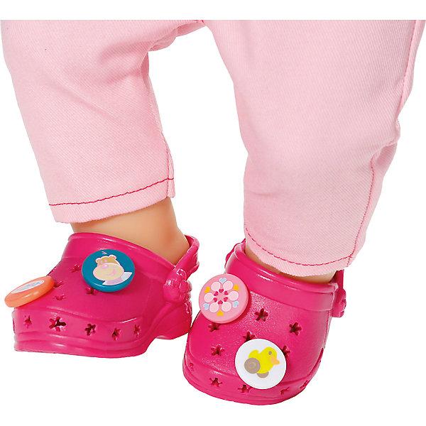 Сандали фантазийные, розовые, BABY bornОдежда для кукол<br>Характеристики товара:<br><br>- цвет: розовый;<br>- материал: полиуретан;<br>- возраст: от трех лет.<br><br>Кукольная обувь – мечта всех девочек, обожающих играть в дочки-матери! Куклы Бэби Борн – абсолютные фавориты среди детских игрушек. Одно из преимуществ моделей – возможность переодевать куклу на свое усмотрение. Фантазийные сандали – интересный и необычный аксессуар, который представлен в новой коллекции одежды для куклы Бэби борн. Сандали можно украшать забавными элементами, закрепляя их в специальных дырочках. Материалы, использованные при изготовлении изделия, абсолютно безопасны и полностью отвечают международным требованиям по качеству детских товаров.<br><br>Сандали фантазийные, розовые, BABY born можно купить в нашем интернет-магазине.<br>Ширина мм: 178; Глубина мм: 129; Высота мм: 40; Вес г: 84; Возраст от месяцев: 36; Возраст до месяцев: 2147483647; Пол: Женский; Возраст: Детский; SKU: 5094036;