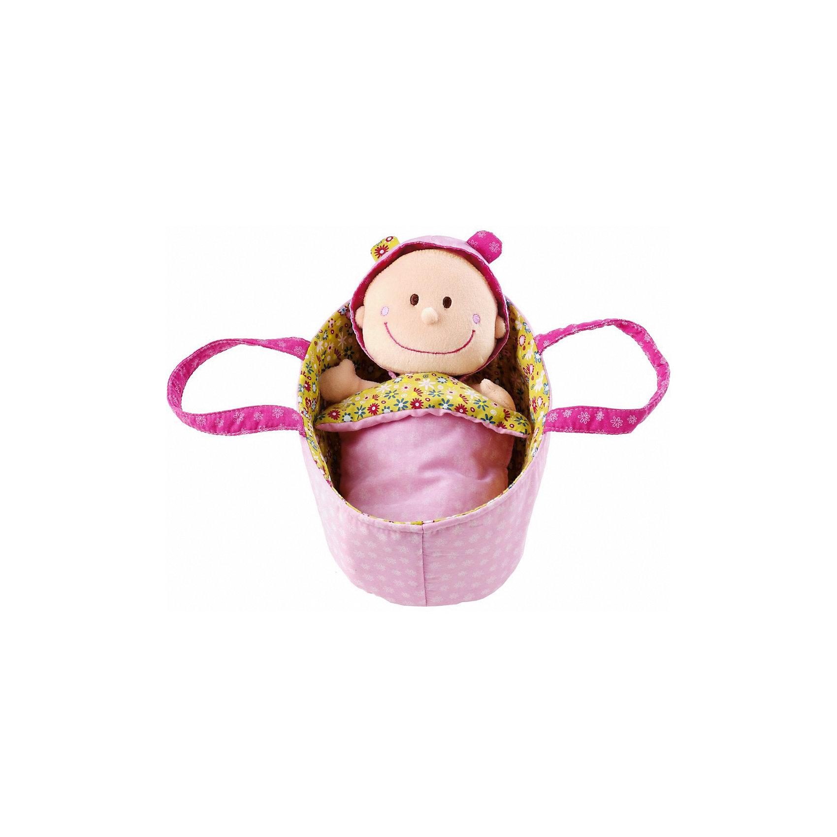 Мягкая куколка в переноске, LilliputiensИгрушки для малышей<br>Характеристики товара:<br><br>- цвет: разноцветный;<br>- материал: текстиль, полиэстер, хлопок;<br>- габариты упаковки: 20x12x10 см;<br>- вес: 190 г;<br>- комплектация: кукла, аксессуары.<br><br>Дочки–матери – любимая игра всех малышек. Текстильные куклы – приятное и веселое развлечение. Куколка в переноске – сочетание традиционного пупса и модной тряпичной игрушки. Подходит как для одиночной игры, так и для игры в кругу друзей. Прививает малышке чувство ответственности и развивает социальные навыки. Подгузник и пижама легко снимаются и надеваются, поэтому забота о малышке будет доставлять ребенку огромное удовольствие! Материалы, использованные при изготовлении изделия, абсолютно безопасны и полностью отвечают международным требованиям по качеству детских товаров.<br><br>Игрушку Мягкая куколка в переноске от бренда Liliputien можно купить в нашем интернет-магазине.<br><br>Ширина мм: 20<br>Глубина мм: 12<br>Высота мм: 10<br>Вес г: 190<br>Возраст от месяцев: 9<br>Возраст до месяцев: 2147483647<br>Пол: Женский<br>Возраст: Детский<br>SKU: 5097373