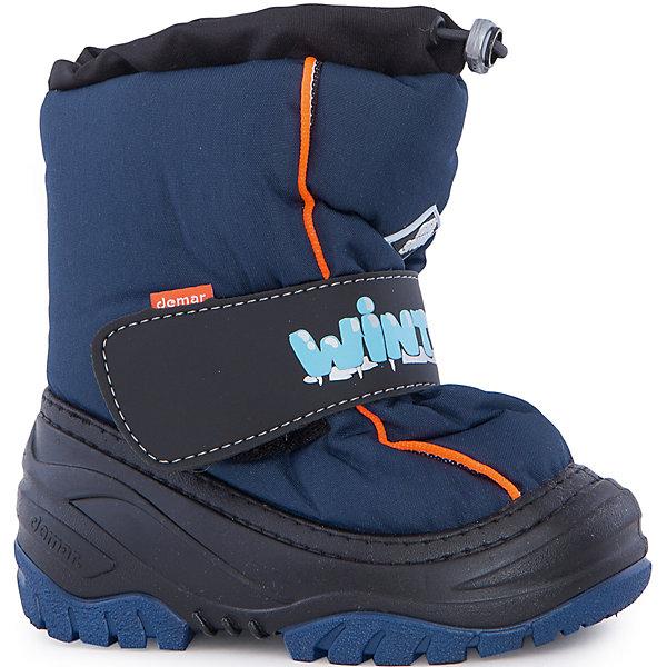 Сноубутсы Ice Snow для мальчика DemarСноубутсы<br>Характеристики товара:<br><br>• цвет: синий<br>• материал верха: текстиль<br>• материал подкладки: 100% натуральная шерсть <br>• материал подошвы: ТЭП<br>• температурный режим: от -20° до 0° С<br>• верх не продувается, пропитка от грязи и влаги<br>• анискользящая подошва<br>• застежка: липучка<br>• толстая устойчивая подошва<br>• усиленные пятка и носок<br>• страна бренда: Польша<br>• страна изготовитель: Польша<br><br>Зима - это время катания с горок, игр в снежки, лепки снеговиков и прогулок в снегопад! Чтобы не пропустить главные зимние удовольствия, нужно запастись теплой и удобной обувью. Такие сапожки обеспечат ребенку необходимый для активного отдыха комфорт, а подкладка из натуральной овечьей шерсти позволит ножкам оставаться теплыми. Сапожки легко надеваются и снимаются, отлично сидят на ноге. Они удивительно легкие!<br>Обувь от польского бренда Demar - это качественные товары, созданные с применением новейших технологий и с использованием как натуральных, так и высокотехнологичных материалов. Обувь отличается стильным дизайном и продуманной конструкцией. Изделие производится из качественных и проверенных материалов, которые безопасны для детей.<br><br>Сапоги Ice Snow для мальчиков от бренда Demar (Демар) можно купить в нашем интернет-магазине.<br>Ширина мм: 257; Глубина мм: 180; Высота мм: 130; Вес г: 420; Цвет: синий; Возраст от месяцев: 12; Возраст до месяцев: 15; Пол: Мужской; Возраст: Детский; Размер: 20/21,26/27,24/25,28/29; SKU: 5098188;