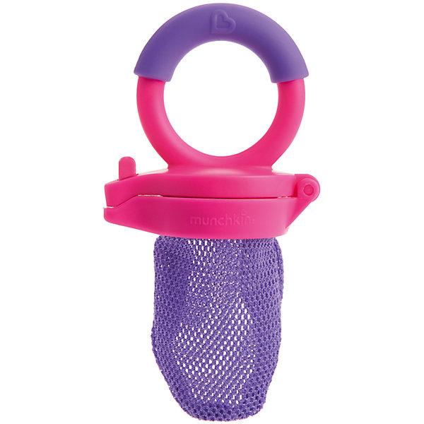 Ниблер, Munchkin, розовый/фиолетовыйНиблеры<br>Ниблер, Munchkin, розовый/фиолетовый<br><br>Характеристики:<br><br>• Цвет: розовый/фиолетовый<br>• Материал: пластик, силикон<br>• Не содержит бисфенол А<br>• От 4 месяцев<br><br>Красивый и полностью безопасный ниблер сделан из качественных материалов, которые не содержат вредных веществ. Отлично подходят для введения прикорма: кусочков фруктов, овощей, печенья и даже мяса. Ситечко не пропускает большие кусочки, не давая ребенку поперхнуться. Это помогает на первоначальных этапах прикорма. Удобная ручка не выскальзывает из маленьких рук ребенка и помогает ему самостоятельно учиться кушать. Есть крышечка в комплекте. Ниблер легко чистить.<br><br>Ниблер, Munchkin можно купить в нашем интернет-магазине.<br><br>Ширина мм: 50<br>Глубина мм: 100<br>Высота мм: 200<br>Вес г: 50<br>Возраст от месяцев: 6<br>Возраст до месяцев: 12<br>Пол: Унисекс<br>Возраст: Детский<br>SKU: 5101200