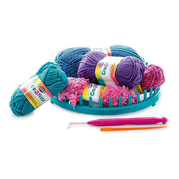 Набор для вязания Cra-Z-Knitz - Модная шапочкаШерсть<br>Характеристики:<br><br>• Предназначение: для занятий рукоделием<br>• Пол: для девочки<br>• Цвет: в ассортименте<br>• Материал: пластик, пряжа, металл<br>• Комплектация: круглый станок, 4 мотка акриловых ниток разного цвета, крючок, вязальная игра, инструкция<br>• Размеры (Д*Ш*В): 5*28*30,5 см<br>• Вес: 312 г <br>• Упаковка: картонная коробка с блистером<br><br>Cra-z-knitz Набор для вязания. Шапка – это набор от торгового бренда Cra-Z-Art, который всемирно знаменит своими канцелярскими товарами и оригинальными наборами для творчества. Cra-Z-Art предлагает совершенно новый взгляд на один из самых трудоемких видов рукоделия – вязание. Теперь научиться вязать может каждый и в этом ему поможет вязальная станция. Вязальная станция представляет собой специализированные приспособления – лумы, на которых вывязывается полотно с помощью крючка. Набор включает в себя круглый лум для вязки различных изделий. В комплекте предусмотрен набор их четырех мотков акриловых ниток разного цвета. Все материалы, из которых изготовлены детали и элементы набора отвечают международным стандартам безопасности. Для более легкого освоения технологии вязания с помощью лумов предусмотрена подробная инструкция со схемами.<br>Занятия рукоделием способствуют развитию мелкой моторики, учат внимательности, сосредоточенности и усидчивости, также вязание формирует чувство стиля и вкуса. <br><br>Cra-z-knitz Набор для вязания. Шапка можно купить в нашем интернет-магазине.<br><br>Ширина мм: 50<br>Глубина мм: 280<br>Высота мм: 305<br>Вес г: 312<br>Возраст от месяцев: 72<br>Возраст до месяцев: 168<br>Пол: Женский<br>Возраст: Детский<br>SKU: 5103464