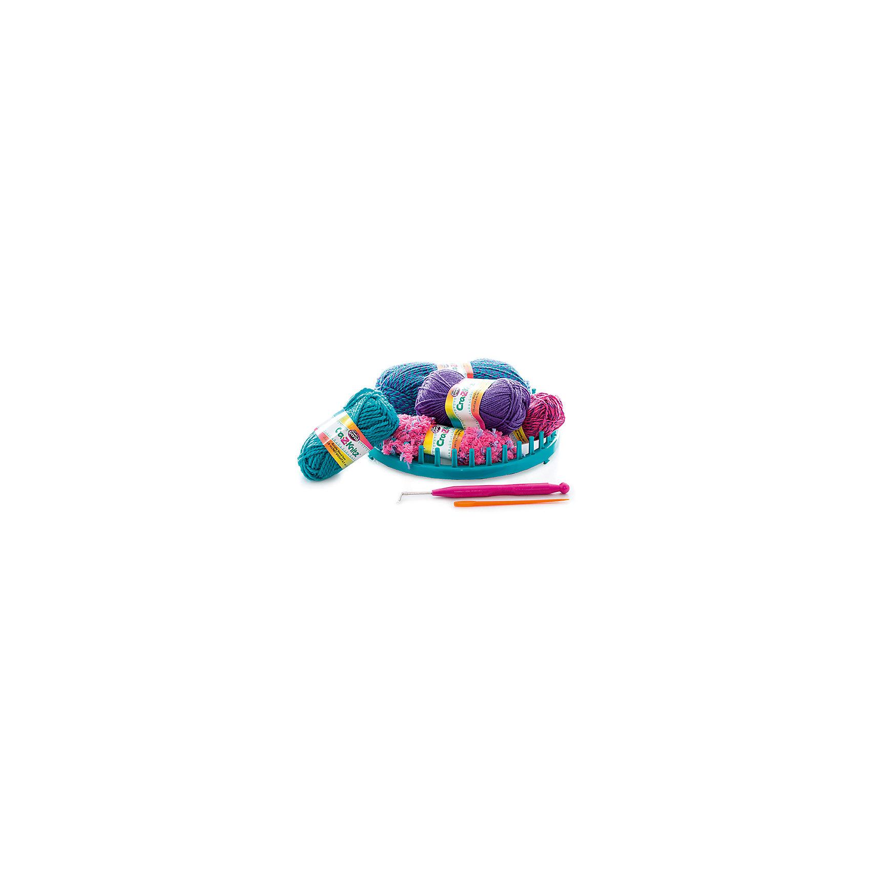 Набор для вязания Cra-Z-Knitz - Модная шапочкаРукоделие<br>Характеристики:<br><br>• Предназначение: для занятий рукоделием<br>• Пол: для девочки<br>• Цвет: в ассортименте<br>• Материал: пластик, пряжа, металл<br>• Комплектация: круглый станок, 4 мотка акриловых ниток разного цвета, крючок, вязальная игра, инструкция<br>• Размеры (Д*Ш*В): 5*28*30,5 см<br>• Вес: 312 г <br>• Упаковка: картонная коробка с блистером<br><br>Cra-z-knitz Набор для вязания. Шапка – это набор от торгового бренда Cra-Z-Art, который всемирно знаменит своими канцелярскими товарами и оригинальными наборами для творчества. Cra-Z-Art предлагает совершенно новый взгляд на один из самых трудоемких видов рукоделия – вязание. Теперь научиться вязать может каждый и в этом ему поможет вязальная станция. Вязальная станция представляет собой специализированные приспособления – лумы, на которых вывязывается полотно с помощью крючка. Набор включает в себя круглый лум для вязки различных изделий. В комплекте предусмотрен набор их четырех мотков акриловых ниток разного цвета. Все материалы, из которых изготовлены детали и элементы набора отвечают международным стандартам безопасности. Для более легкого освоения технологии вязания с помощью лумов предусмотрена подробная инструкция со схемами.<br>Занятия рукоделием способствуют развитию мелкой моторики, учат внимательности, сосредоточенности и усидчивости, также вязание формирует чувство стиля и вкуса. <br><br>Cra-z-knitz Набор для вязания. Шапка можно купить в нашем интернет-магазине.<br><br>Ширина мм: 50<br>Глубина мм: 280<br>Высота мм: 305<br>Вес г: 312<br>Возраст от месяцев: 72<br>Возраст до месяцев: 168<br>Пол: Женский<br>Возраст: Детский<br>SKU: 5103464