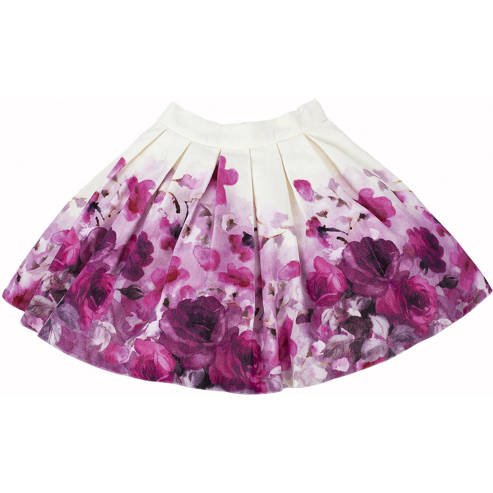 Юбка для девочки GulliverЮбка для девочки от известного бренда Gulliver.<br>Какими должны быть модные юбки 2016? Новыми, интересными, необычными! Именно так выглядит эта замечательная модель из мягкого велюра. Расклешенная форма, красивый объем, полученный благодаря двухъярусному подъюбнику из сетки, комфортная длина, оригинальный цветочный рисунок делают юбку яркой и запоминающейся. Если вы решили купить юбку, выбор этой модели - правильное решение, которое ребенок обязательно оценит!<br>Состав:<br>верх: 100% хлопок; подкладка: 100% хлопок<br><br>Ширина мм: 207<br>Глубина мм: 10<br>Высота мм: 189<br>Вес г: 183<br>Цвет: белый<br>Возраст от месяцев: 24<br>Возраст до месяцев: 36<br>Пол: Женский<br>Возраст: Детский<br>Размер: 98,104,110,116<br>SKU: 5103474
